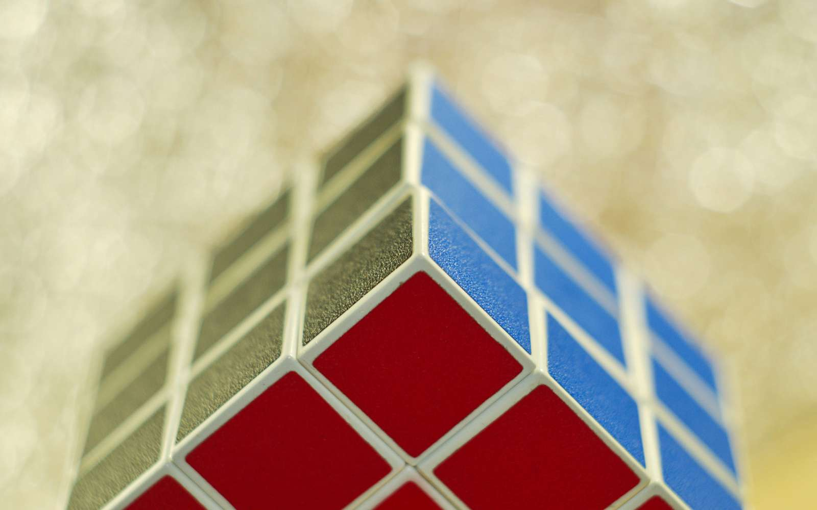 Le Rubik's Cube. © Александр Ткаченко, Fotolia