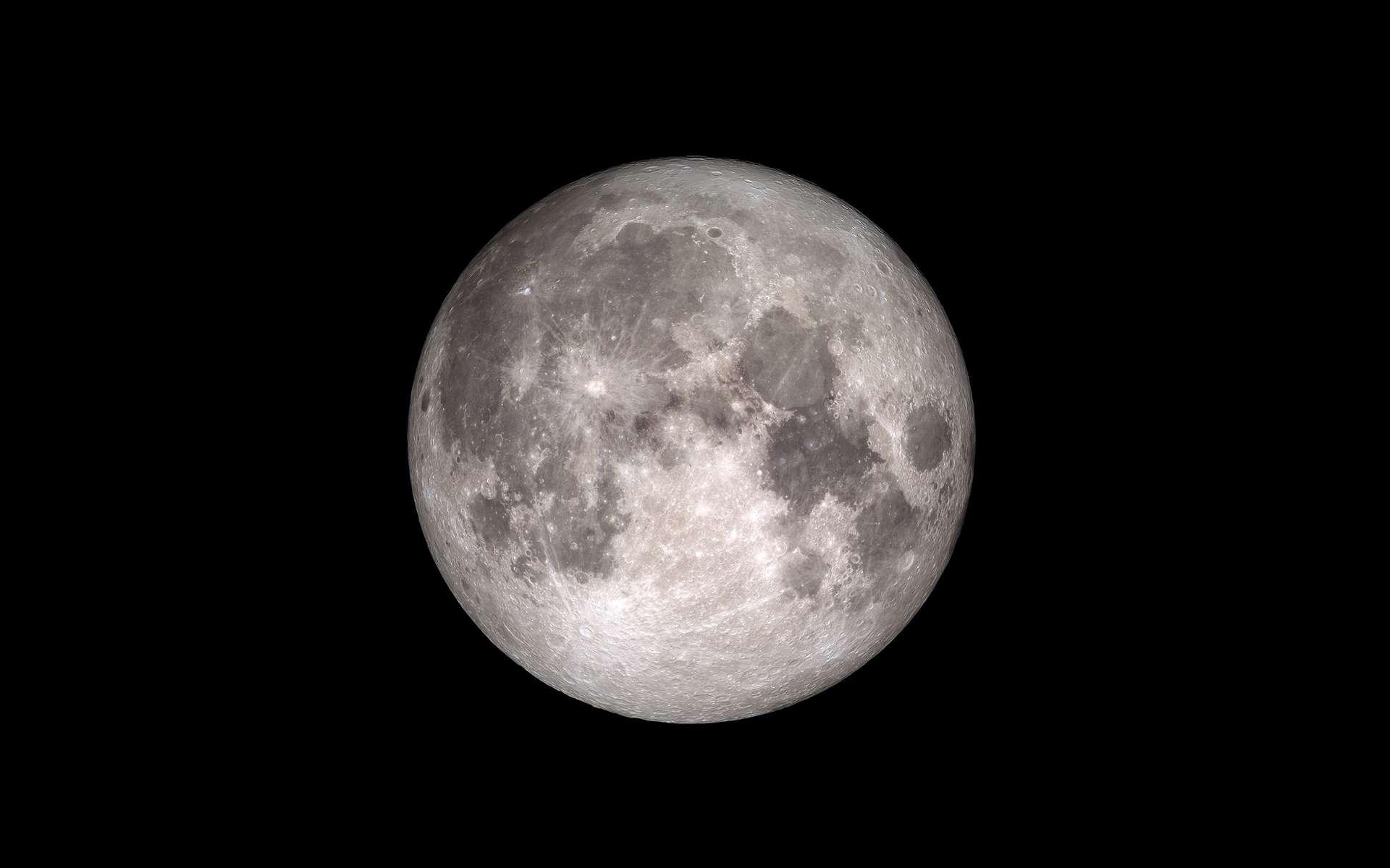 Pleine Lune de périgée appelée de plus en plus couramment « superlune ». © Nasa