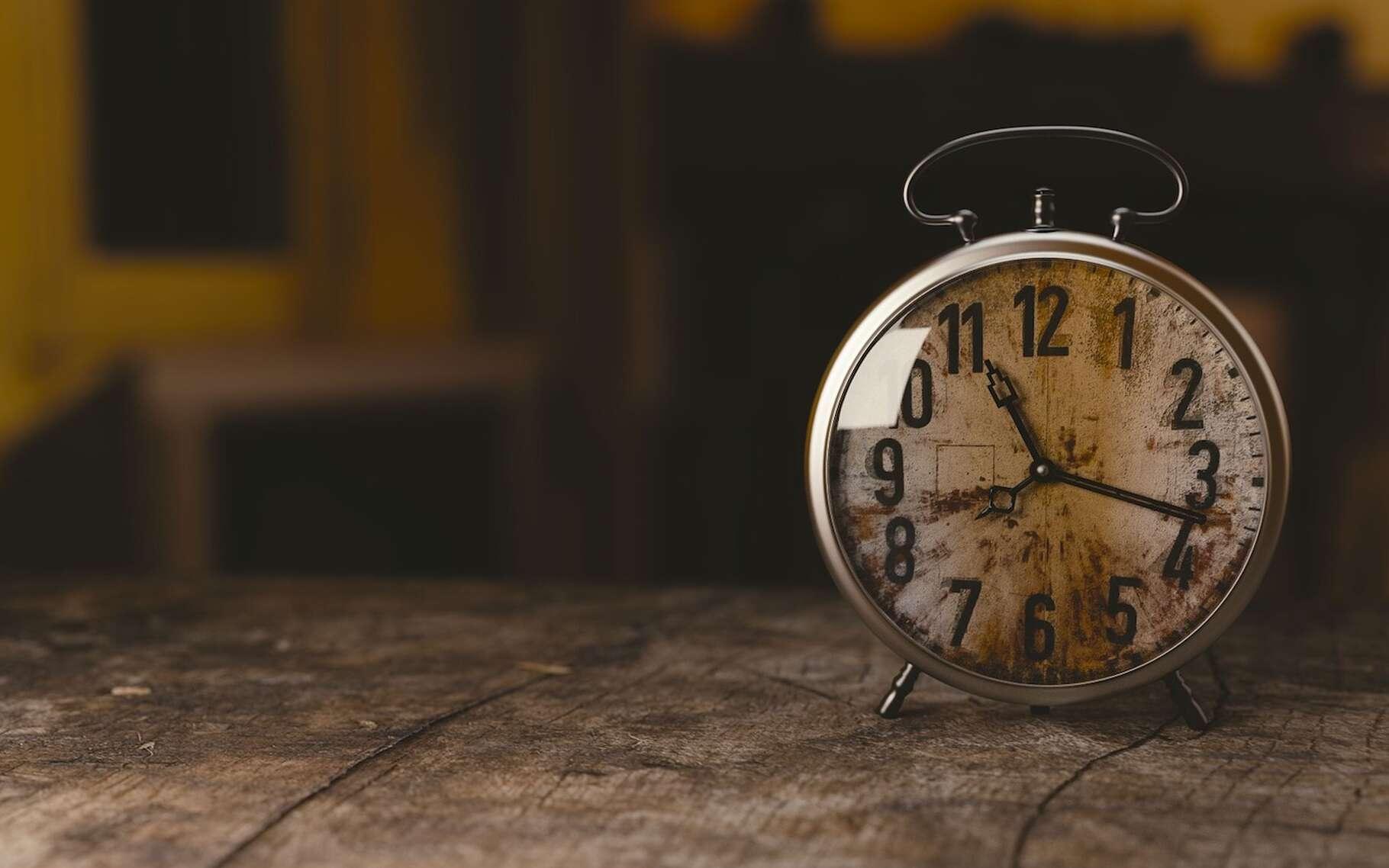 Des physiciens suisses sont parvenus à mesurer une durée infime sans avoir recours à une horloge. © Monoar, Pixabay, CC0 Public Domain
