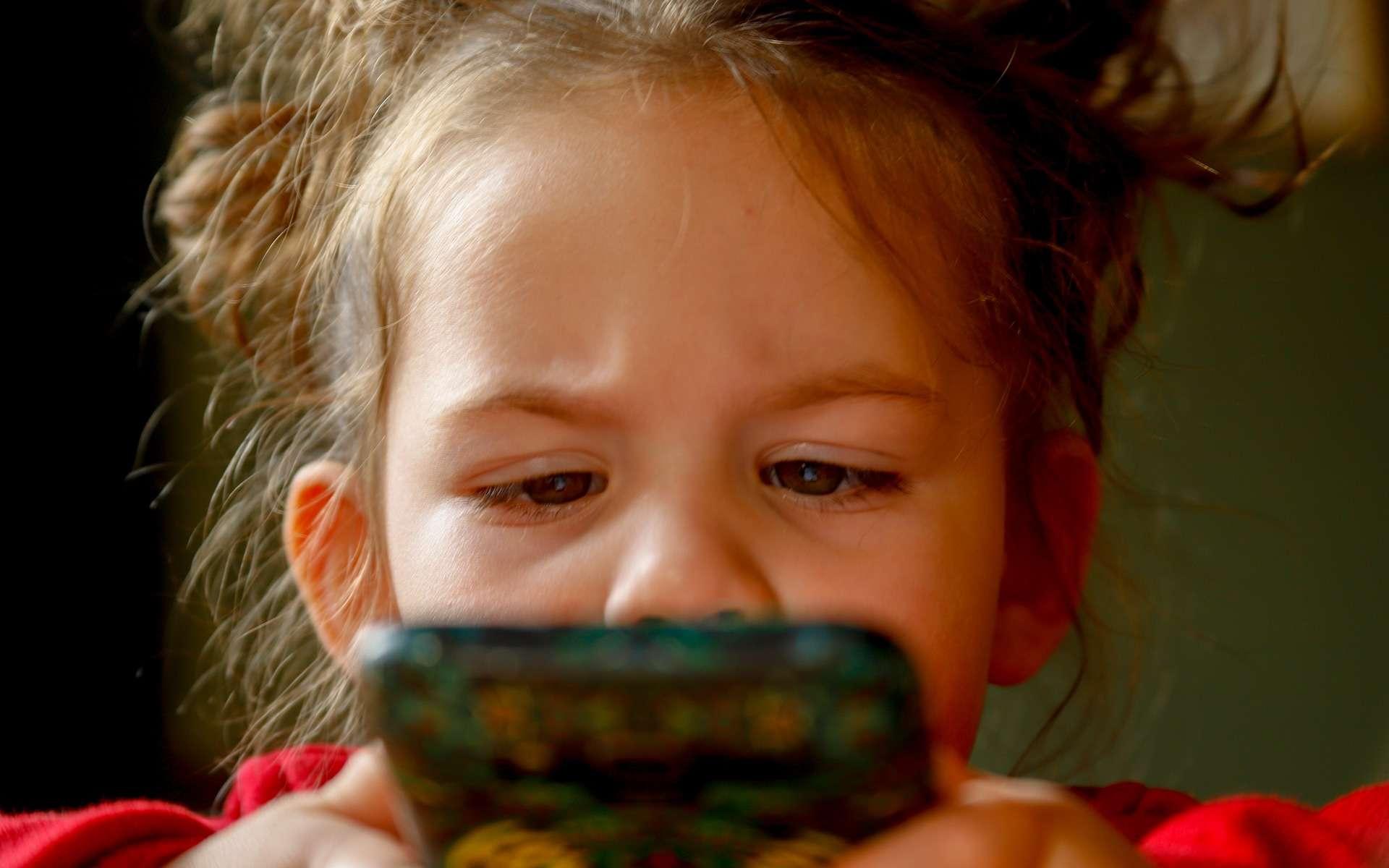 Les régies publicitaires n'hésitent pas à collecter les données personnelles des enfants et adolescents. © Mirko Sajkov, Pixabay