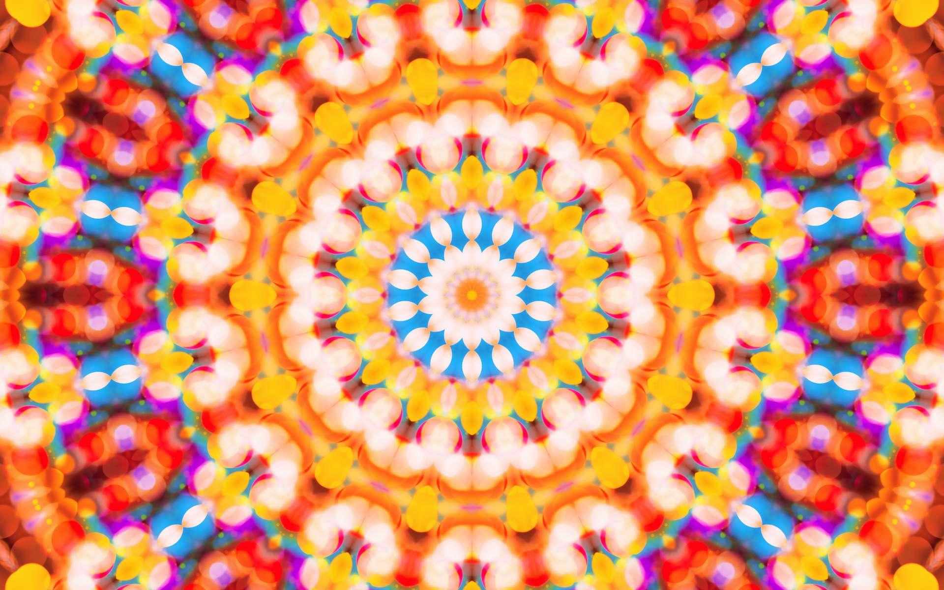 Les motifs colorés formés par le kaléidoscope peuvent varier à l'infini. © Bits and Splits, Adobe Stock