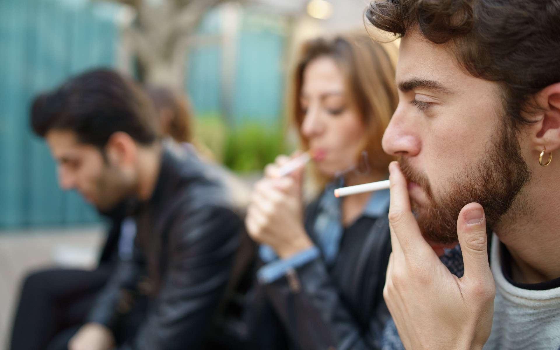 Le tabagisme passif provoque 3.000 morts par an en France ! © G.Lombardo, Adobe Stock