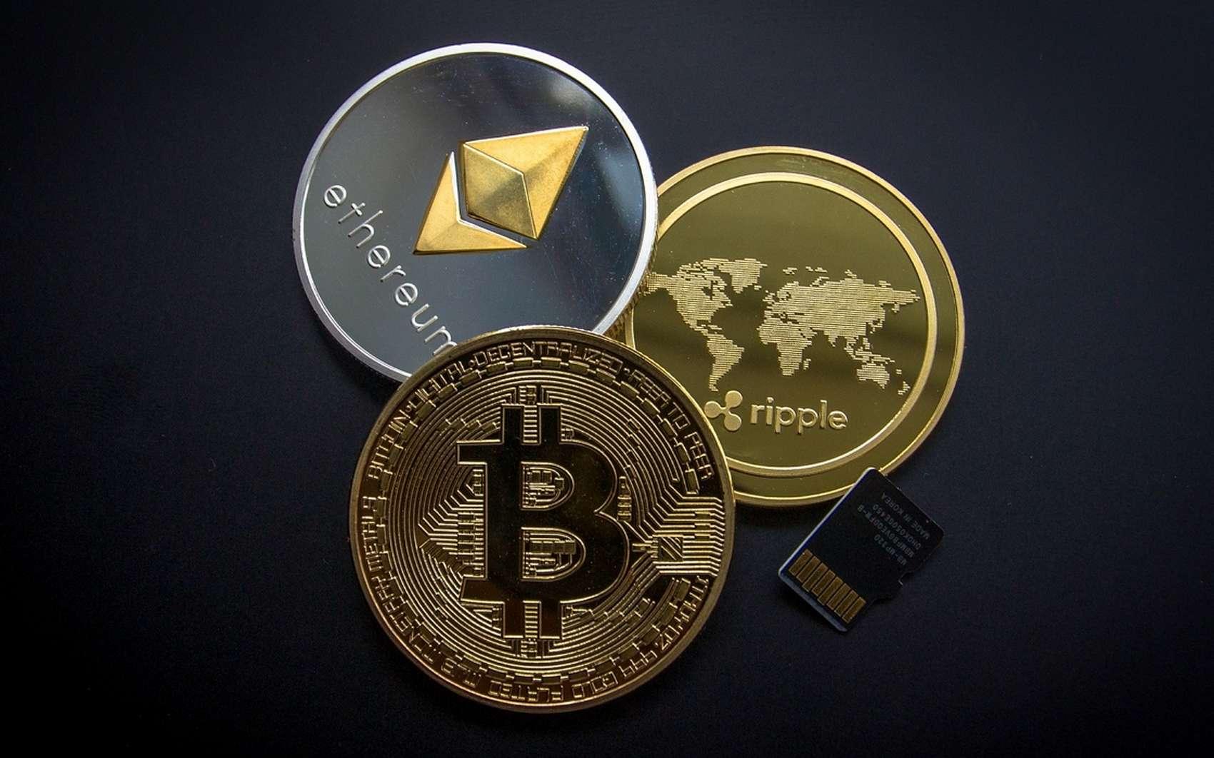 Bitcoin, Ethereum et XRP sont les trois cryptomonnaies dont la capitalisation totale est la plus importante. Au moment de publier cet article, ces trois devises représentent presque 200 milliards de dollars. © Pixabay.com