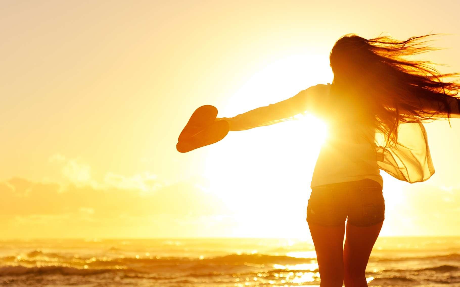 Les textiles anti-UV sont recommandés aux plus sensibles pour se protéger du soleil. © Daxiao Productions, Shutterstock