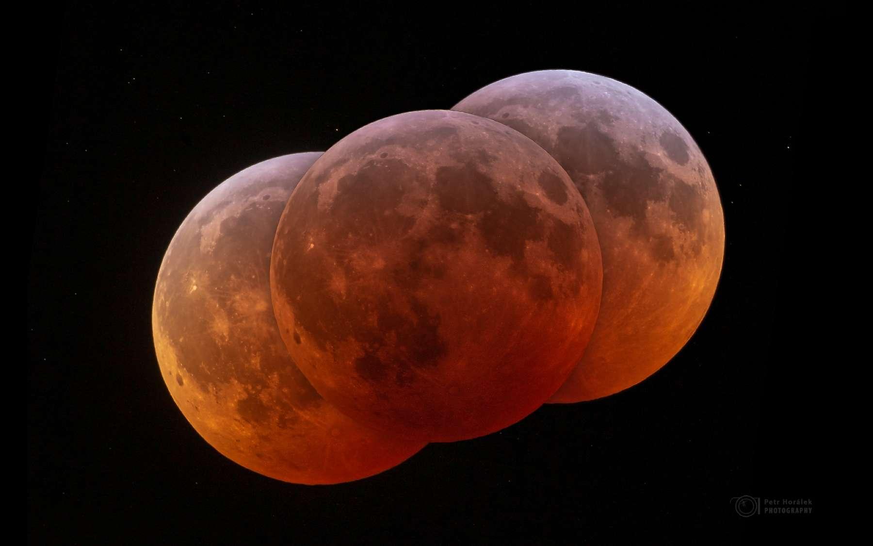L'éclipse totale de Lune du 21 janvier 2019 photographiée au Cap Vert. © Peter Horalek