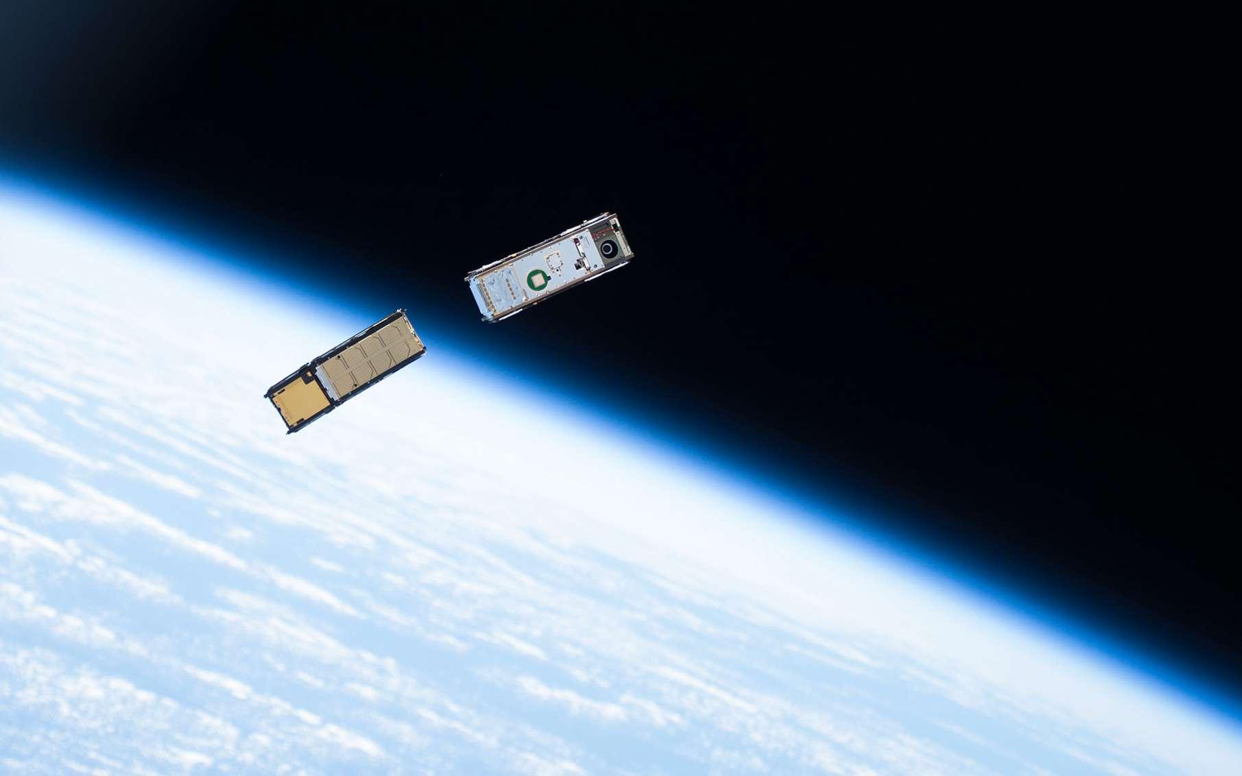ELO est un minisatellite pour l'Internet des objets partout sur Terre. Ici, un CubeSat d'observation de la Terre lancé depuis la Station spatiale internationale (ISS). © Nasa