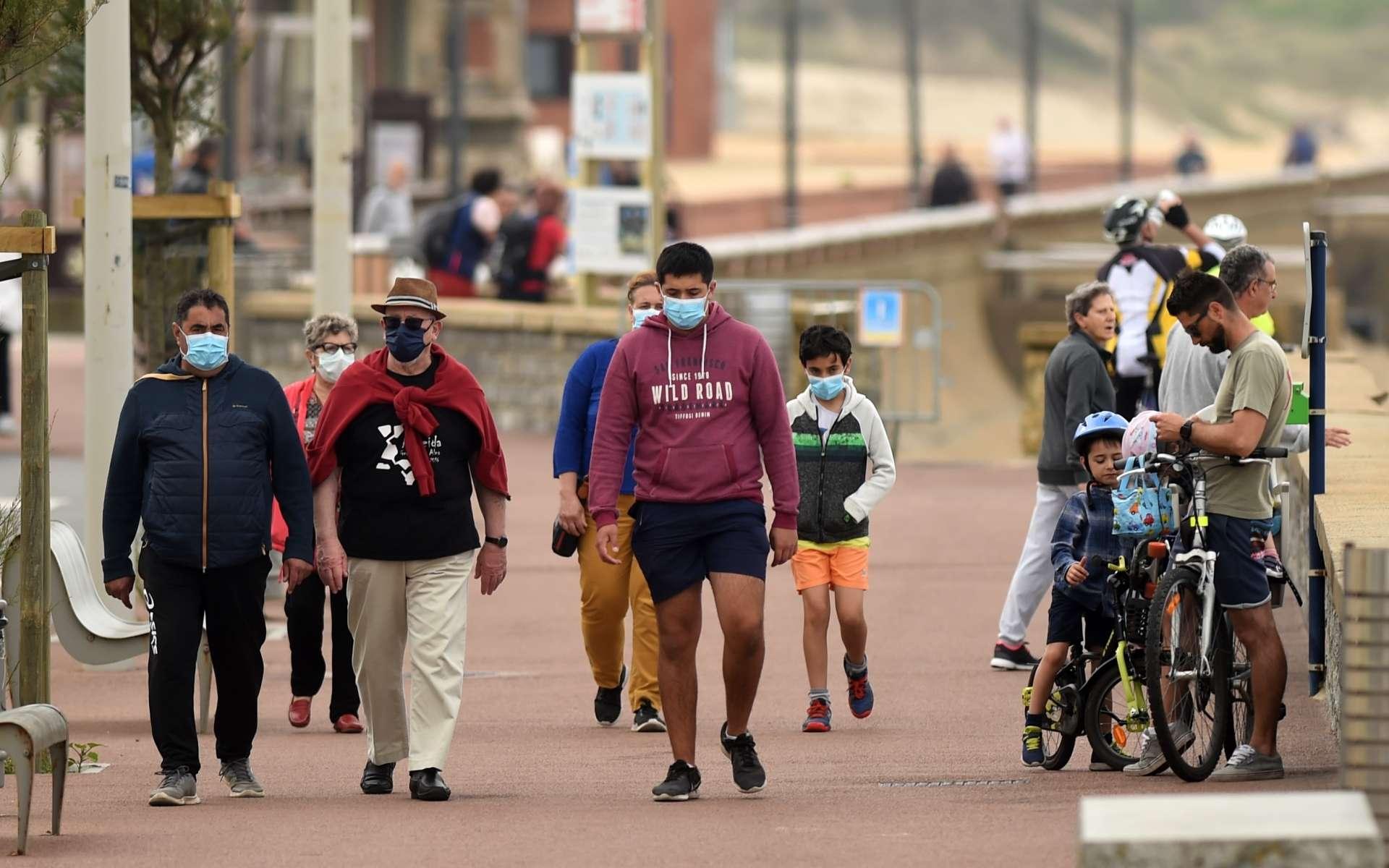 Les personnes asymptomatiques, porteuses du virus de la Covid-19, perdent plus rapidement leurs anticorps, selon une étude britannique. © Gaikza Iroz, AFP