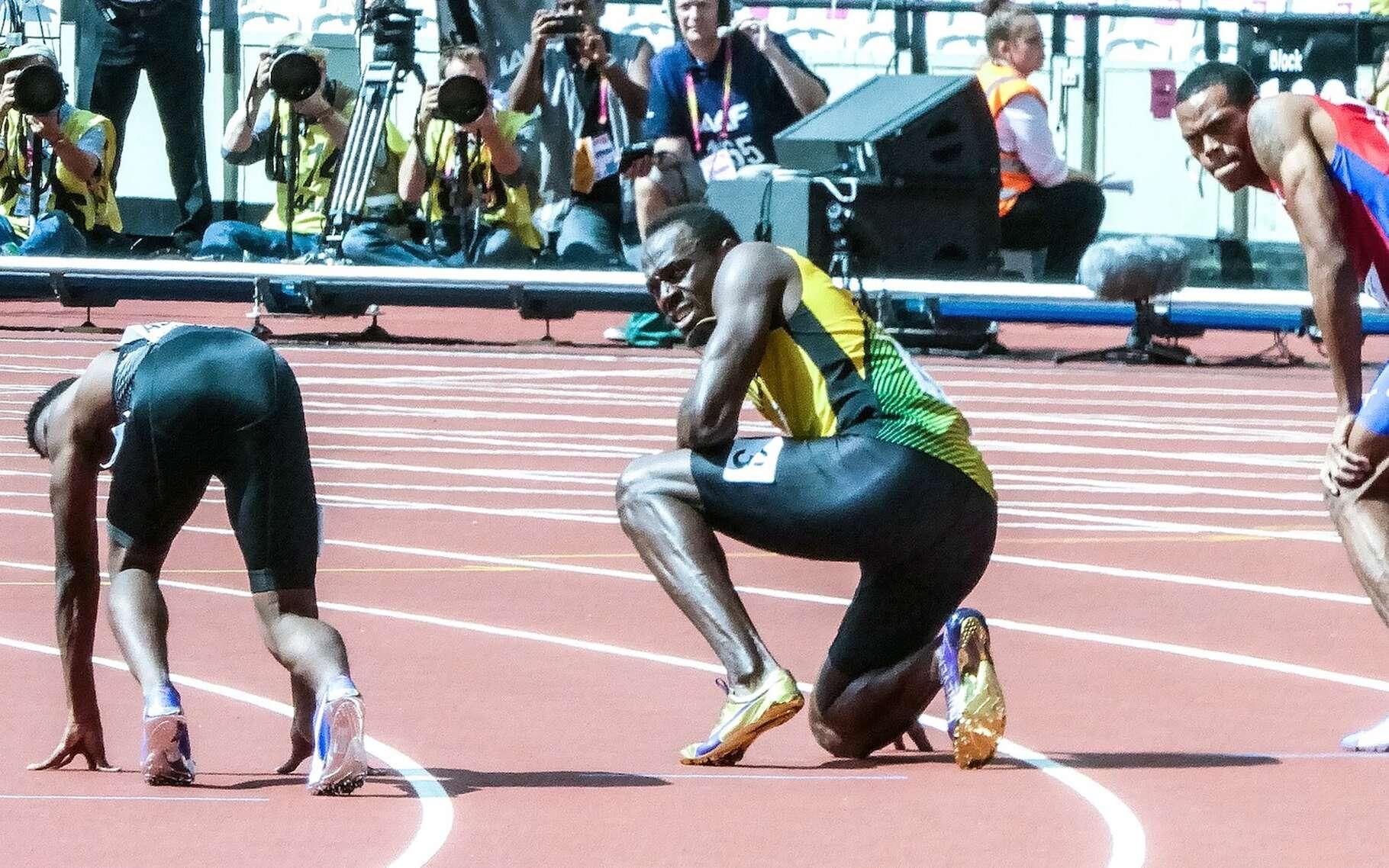 Usain Bolt – ici au milieu – est l'homme le plus rapide au monde. Mais sa vitesse moyenne sur 100 mètres n'excède pas les 40 km/h. © LawriePhipps, Pixabay, CC0 Creative Commons