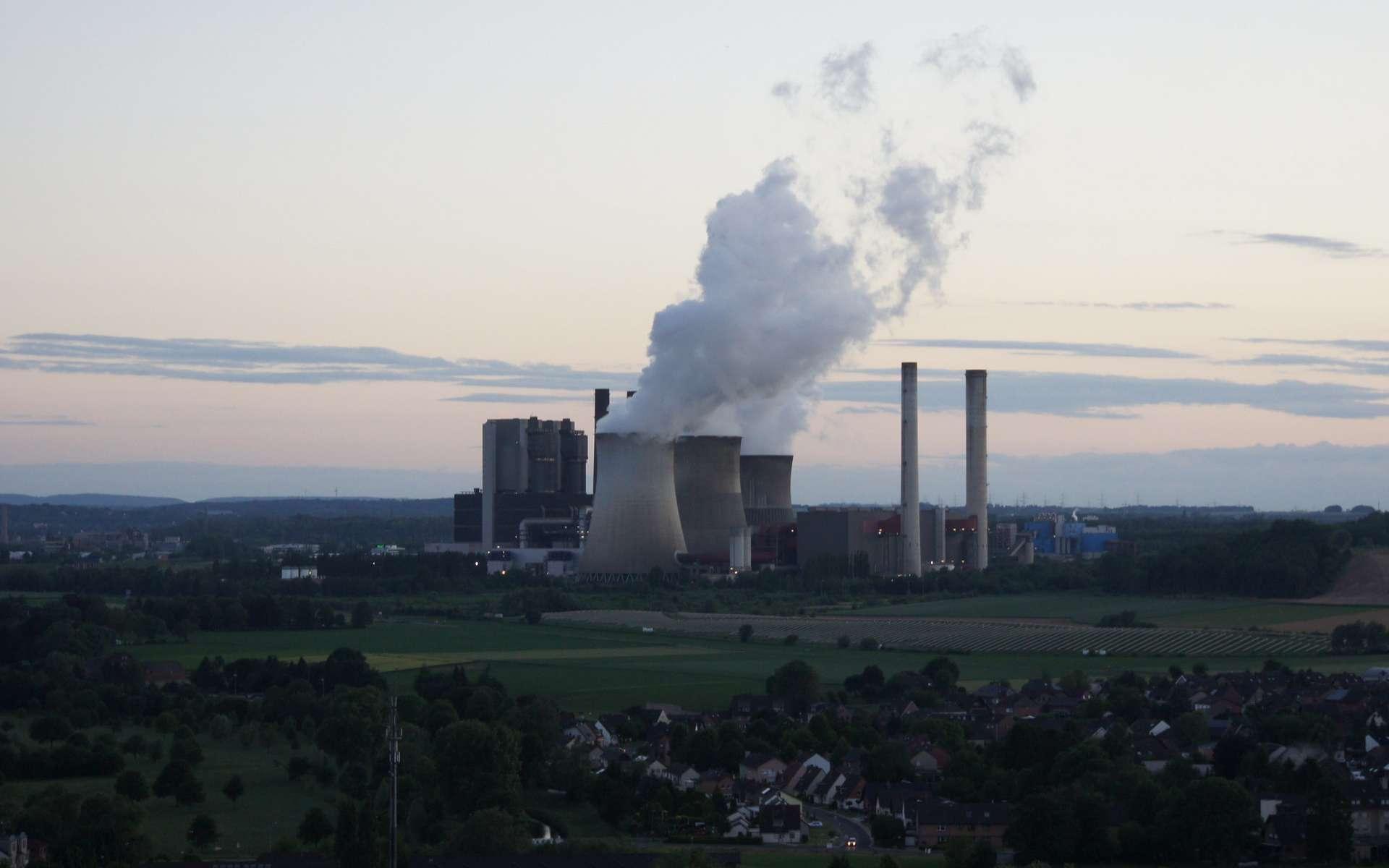 Quatre-vingt quatre centrales à charbon sont encore en opération en Allemagne. © Thorsten Mohr, Flickr
