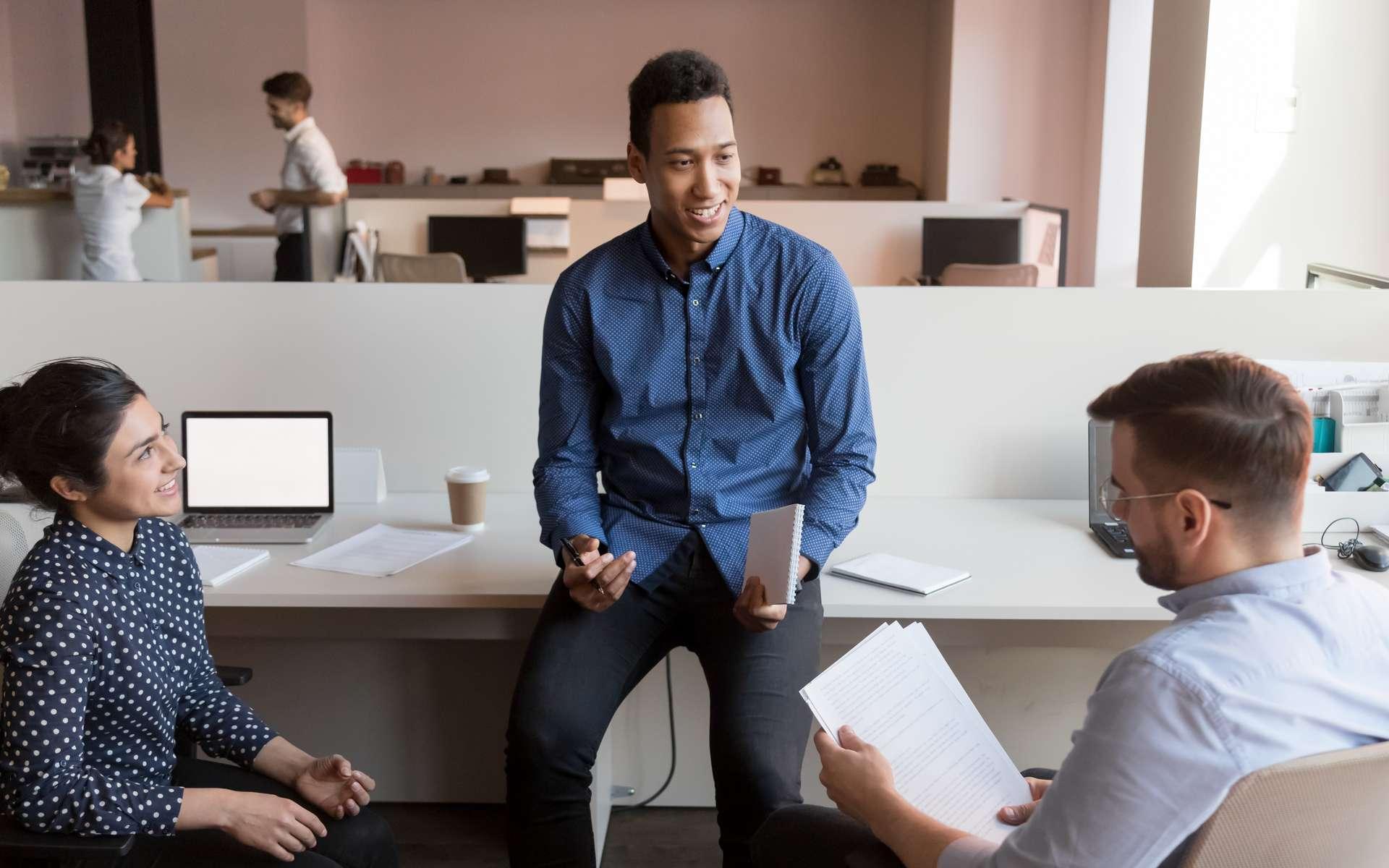 Découvrez les cinq clés essentielles pour développer son leadership. © fizkes, Adobe Stock