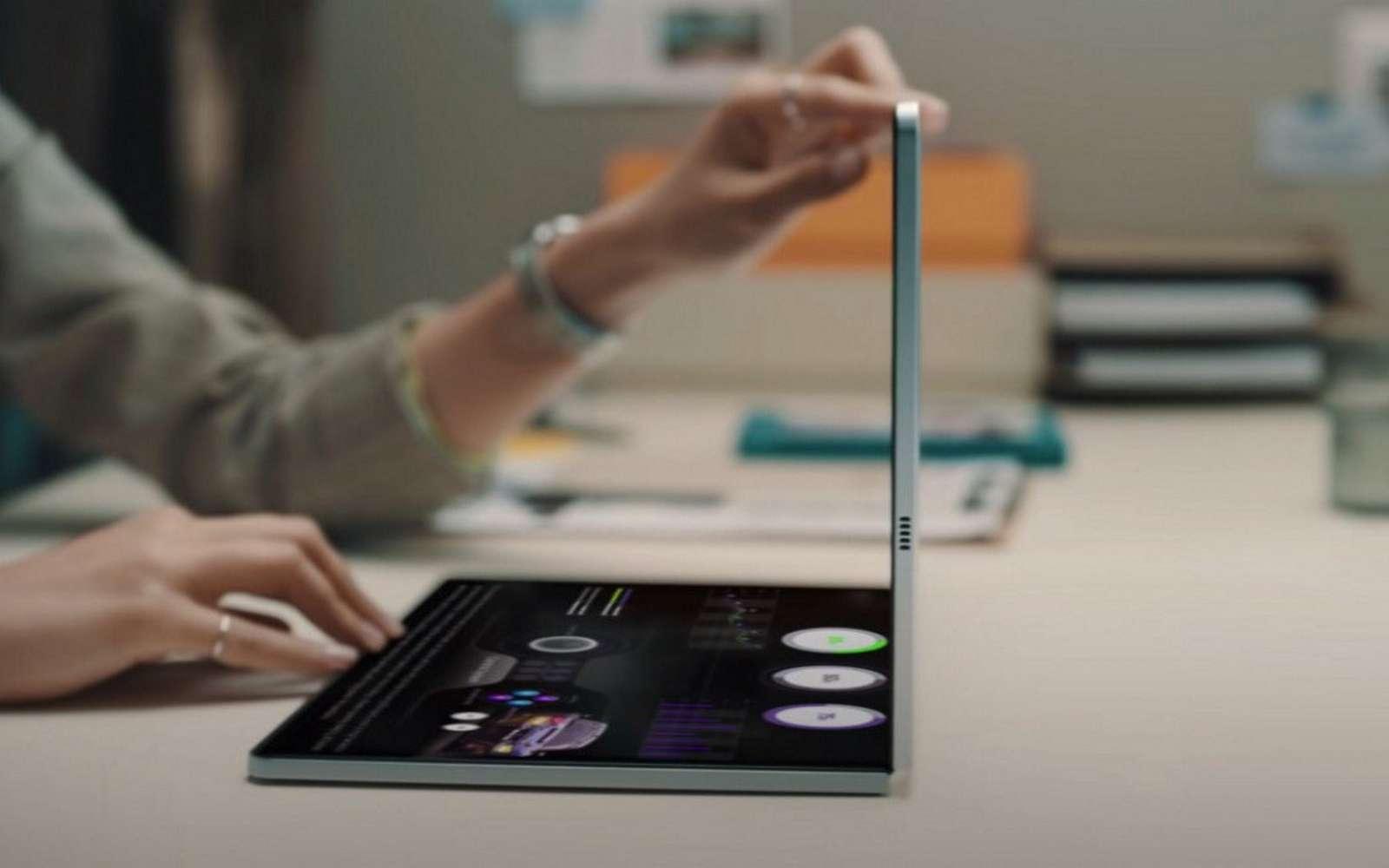 Samsung travaillerait sur un ordinateur portable avec un écran pliable. © Samsung