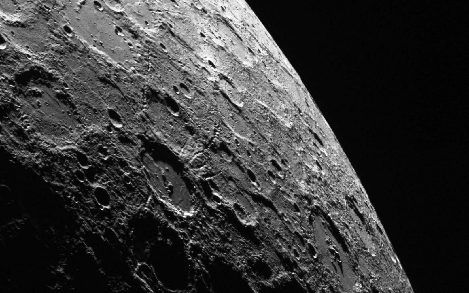 La sonde Messenger a observé l'impact d'un météoroïde sur Mercure - Futura
