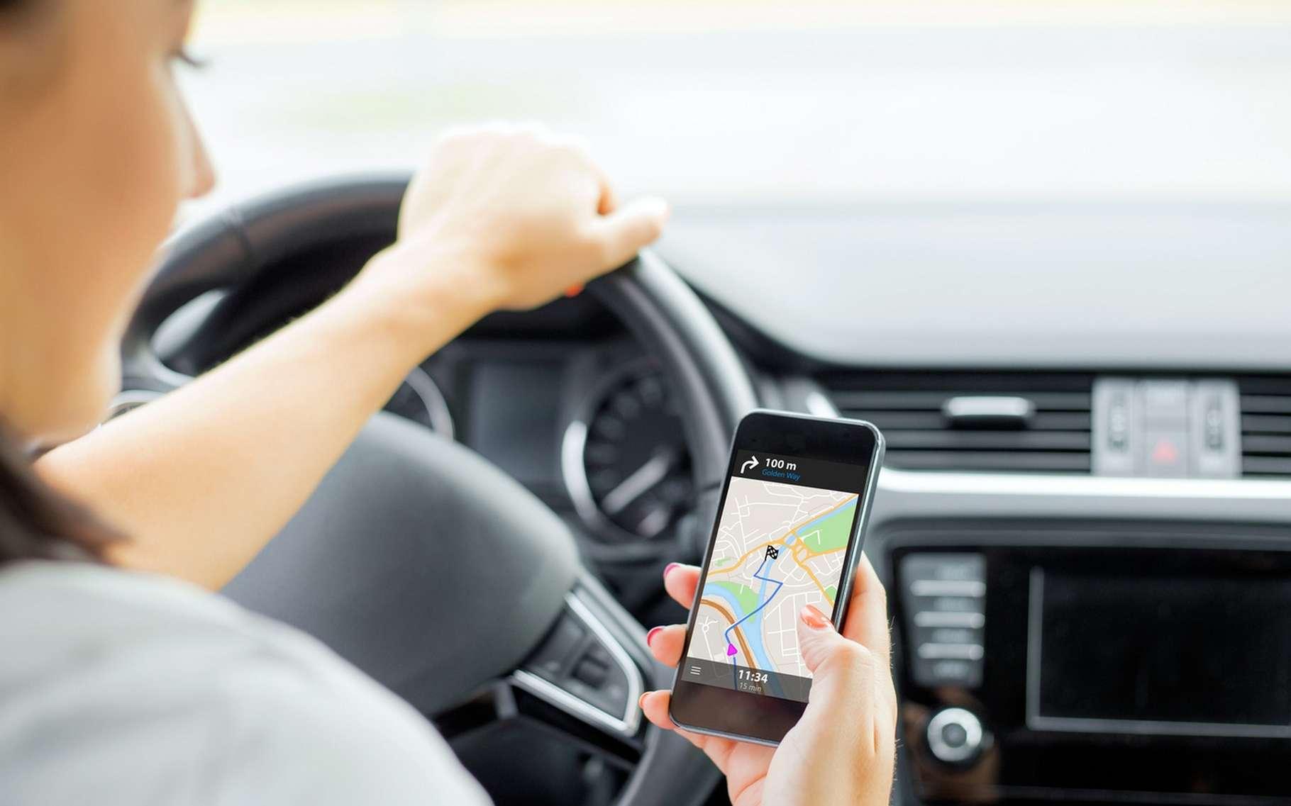 Waze est l'une des applications de navigation assistée les plus populaires. © Kaspars Grinvalds, Fotolia