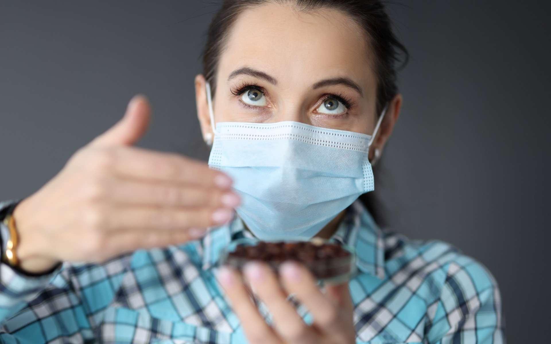 Covid-19 : l'anosmie peut perdurer jusqu'à 5 mois - Futura-Sciences