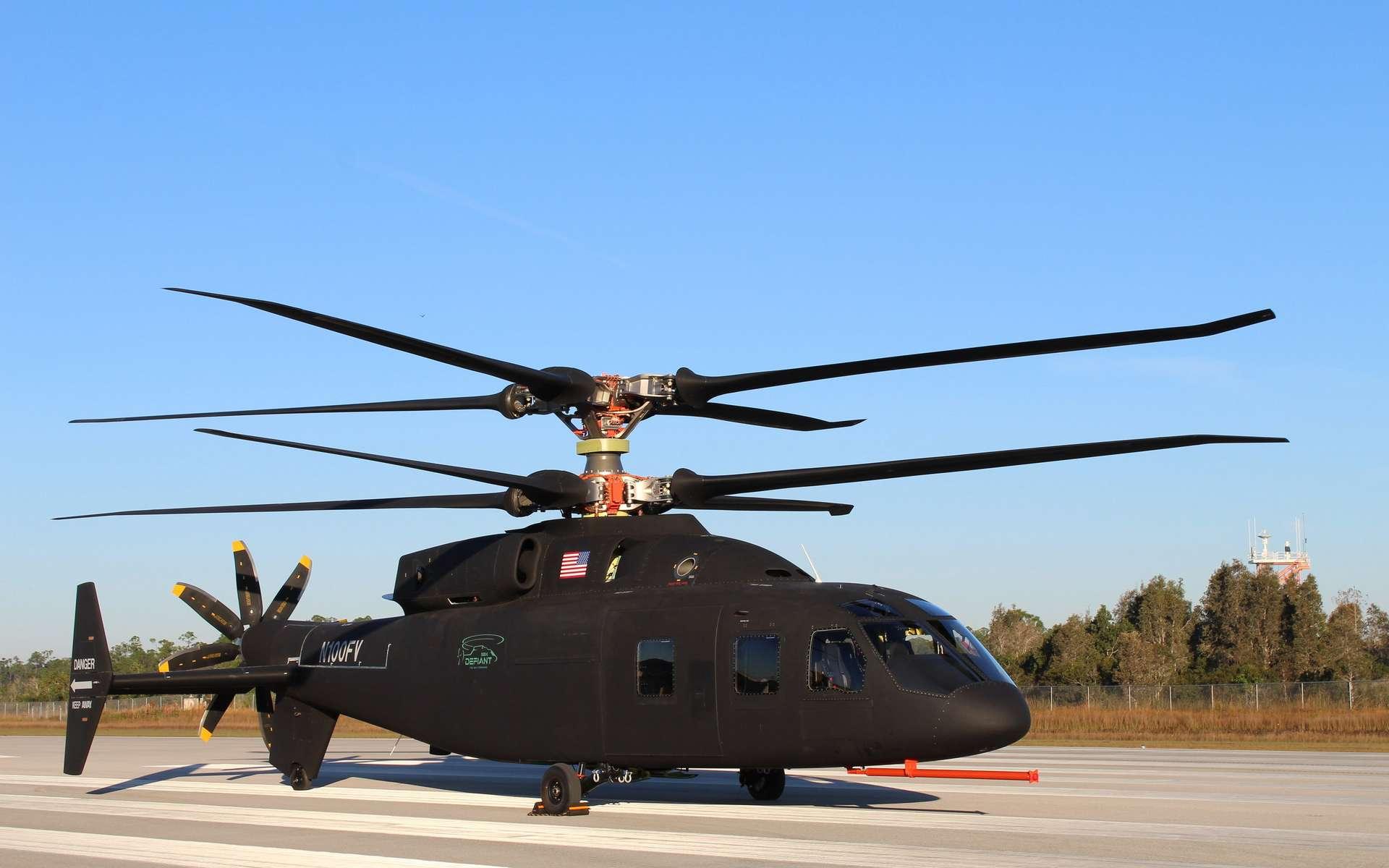 Le démonstrateur SB1 Defiant, un hélicoptère de nouvelle génération destiné à remplacer les Sikorsky UH-60 Black Hawk et les Bell UH-1 à l'horizon 2030. © Sikorsky (filiale de Lockheed Martin) et Boeing