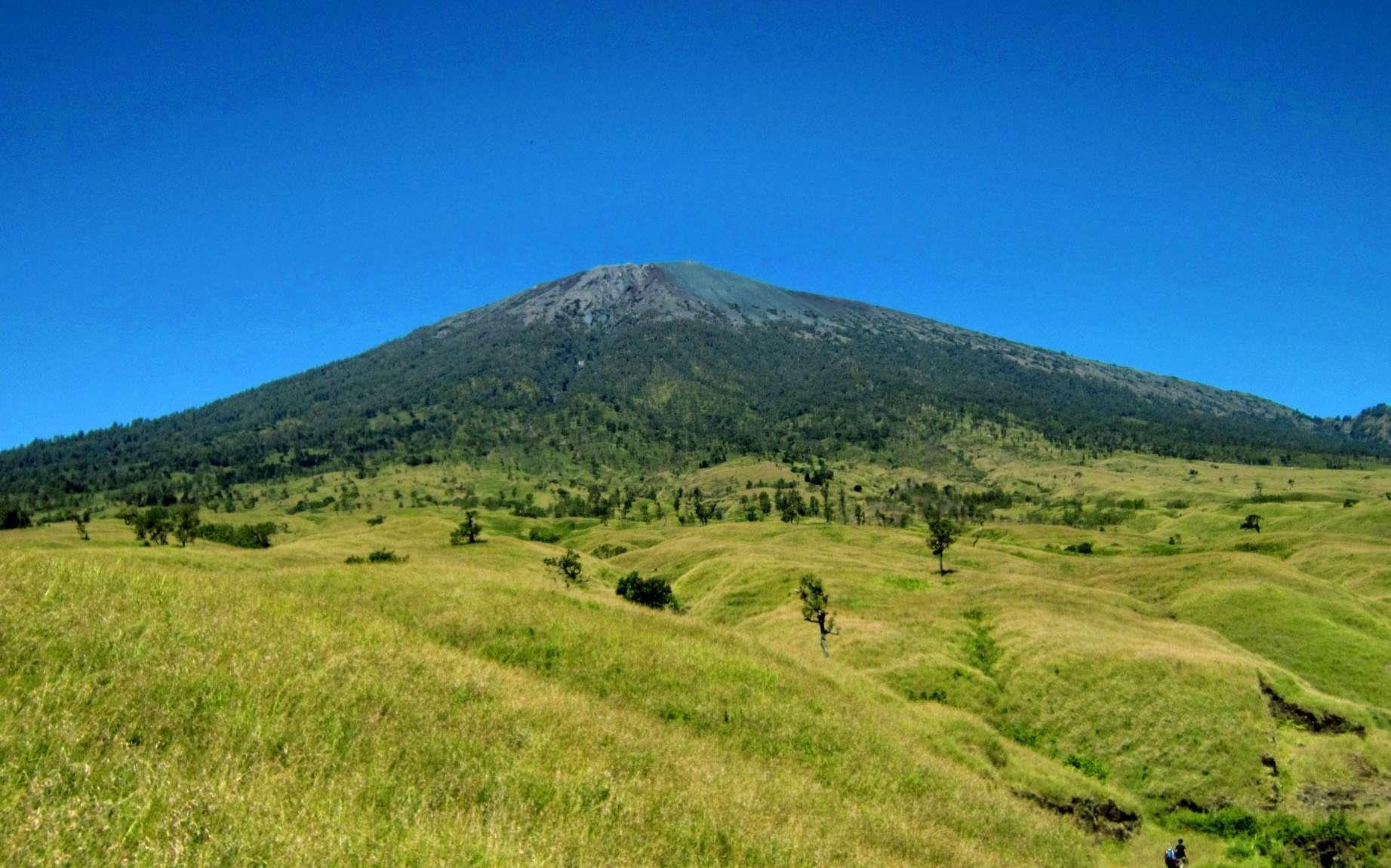 Gunung Padang, un site archéologique en Indonésie, cache-t-il une ancienne pyramide ? © Trekking Rinjani, Flickr