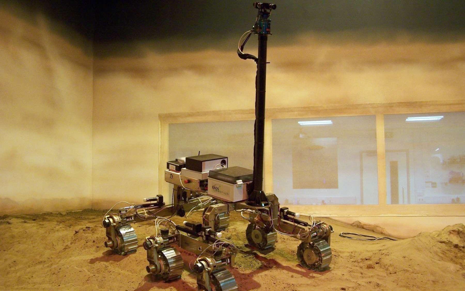 Russes et Européens sont parvenus à un accord pour sauver le programme ExoMars après le retrait de la Nasa. Les deux missions qu'il compose (2016 et 2018) ont pour fil conducteur la recherche de la vie. © Astrium