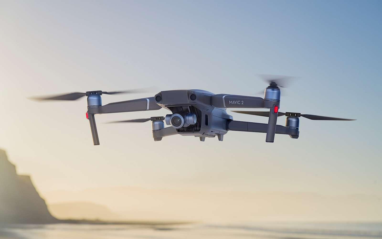 Le drone compact DJI Mavic 2 est utilisé dans le Sahel par l'armée française dans le cadre de l'opération Barkhane. Il convient aussi bien aux amateurs qu'aux professionnels. © DJI