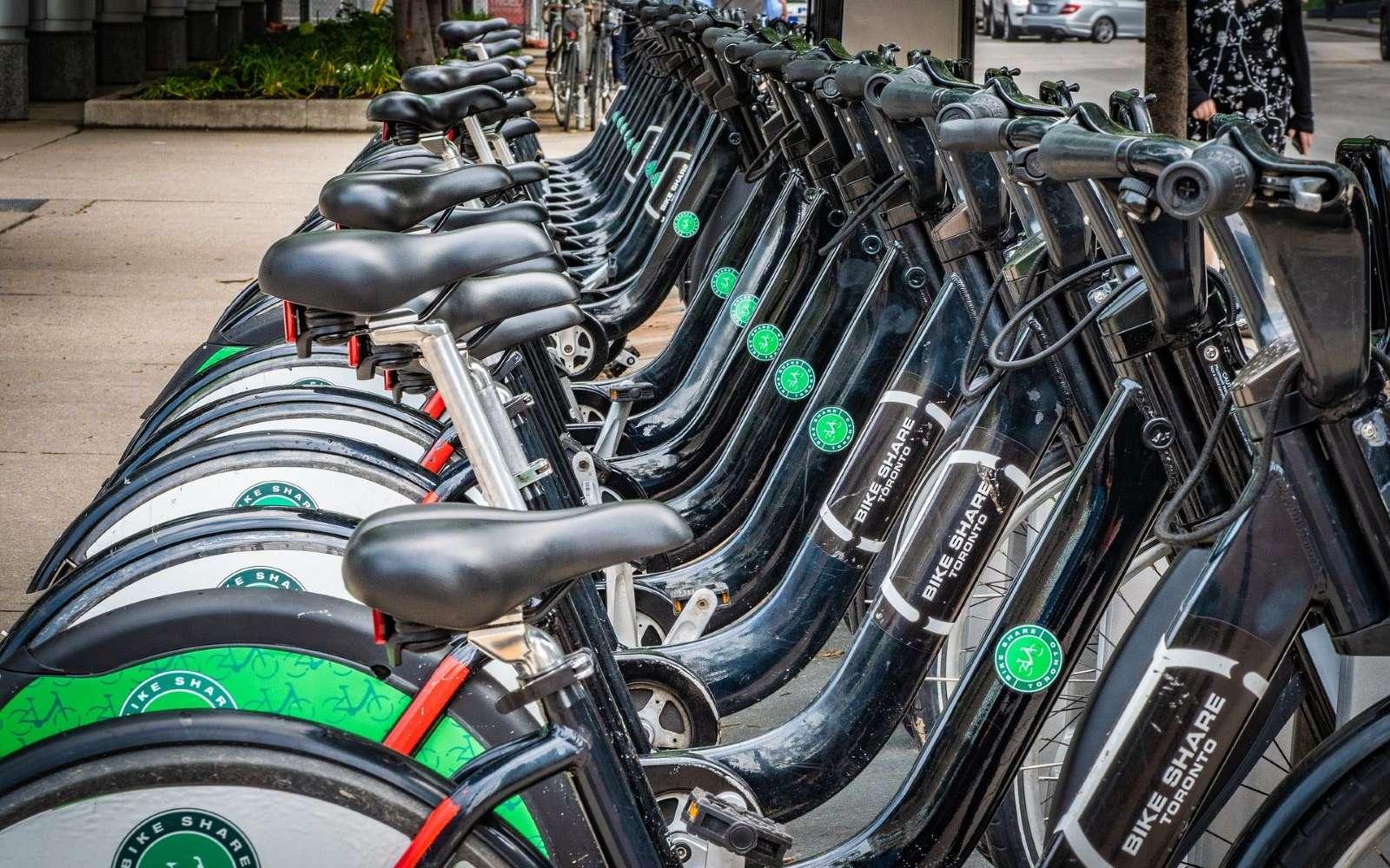 Google Maps s'adapte aux nouveaux moyens de locomotion avec l'arrivée des vélos disponibles en libre-service dans les grandes villes. © SamuelStone, Pixabay