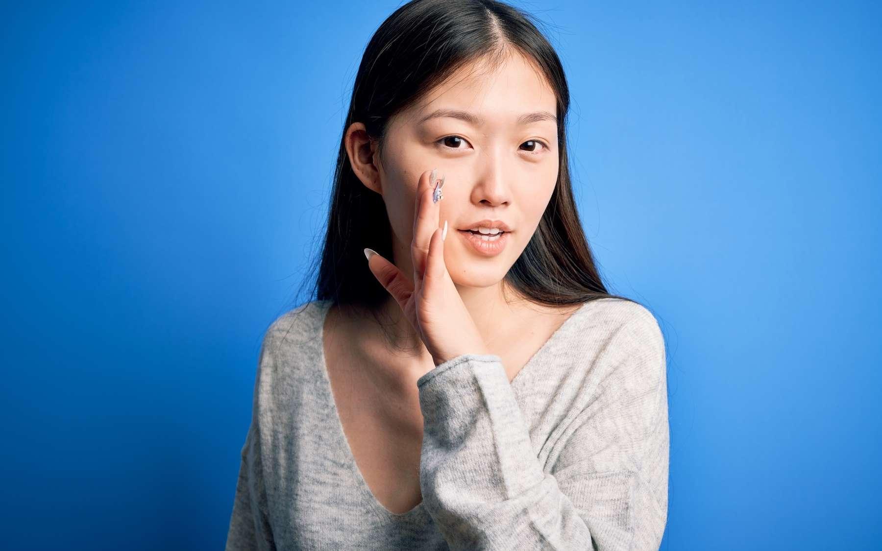 La langue japonaise, moins susceptible de propager les virus ? © Krakenimages.com, Adobe Stock
