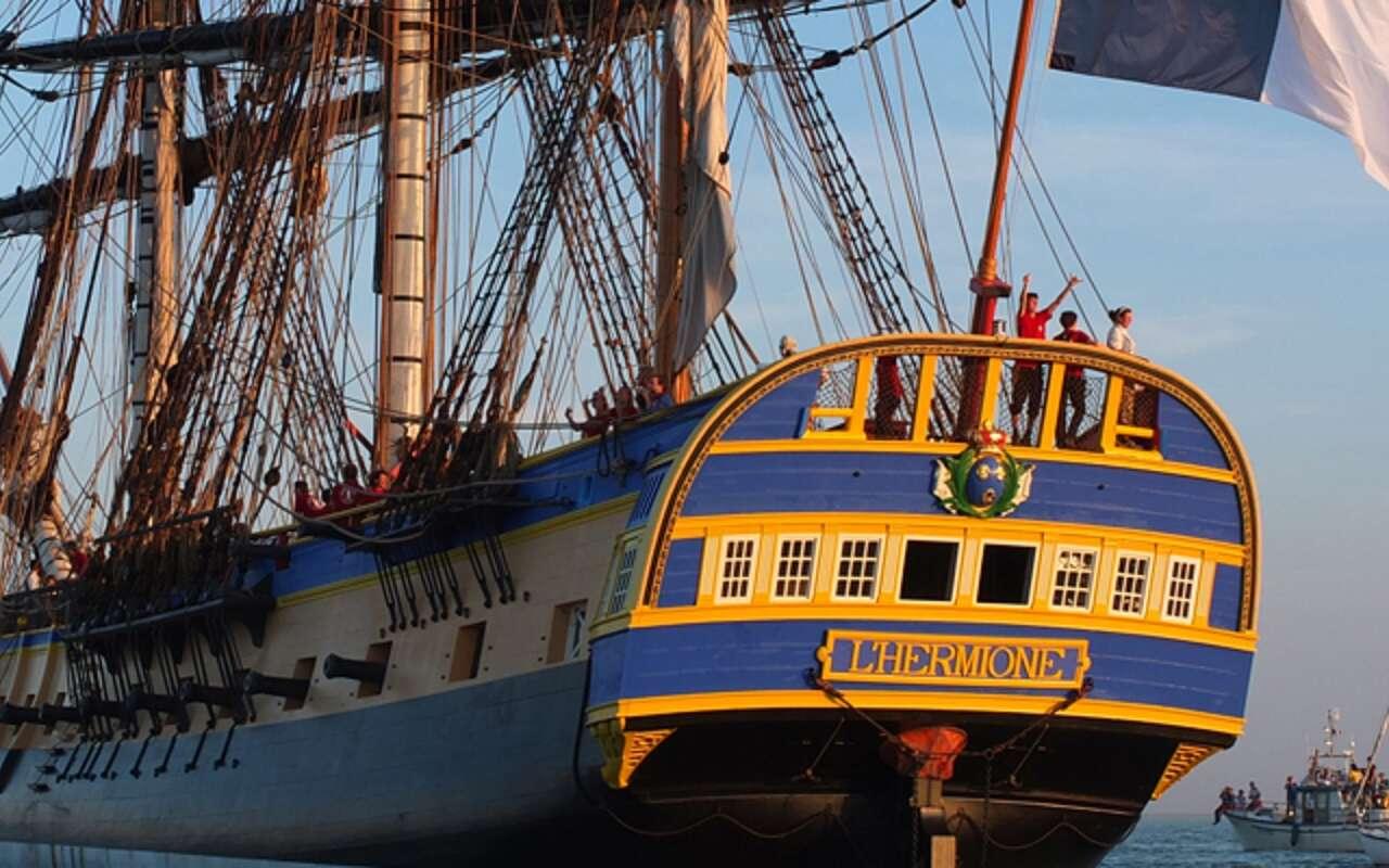 Frégate L'Hermione en 2018, reconstruite à l'identique par l'association Hermione-La Fayette. La Fayette s'est rendu à Boston en 1780 à bord de ce navire. © blog de l'association