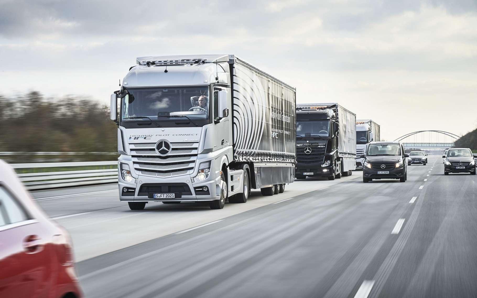 Daimler Trucks, filiale du constructeur allemand Mercedes-Benz, faisait partie des six marques de poids lourds participant à ce concours européen. © Daimler Trucks