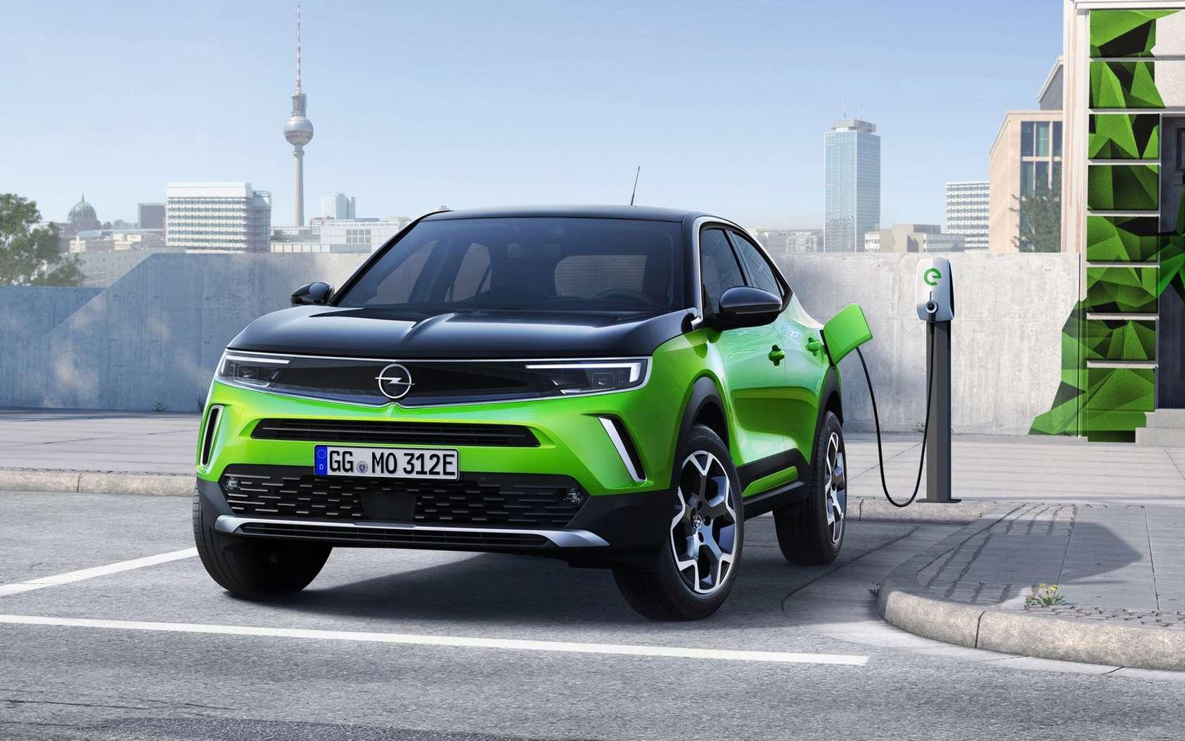 L'Opel Mokka-e arbore un style beaucoup plus affirmé et cela lui réussit plutôt bien. © Opel