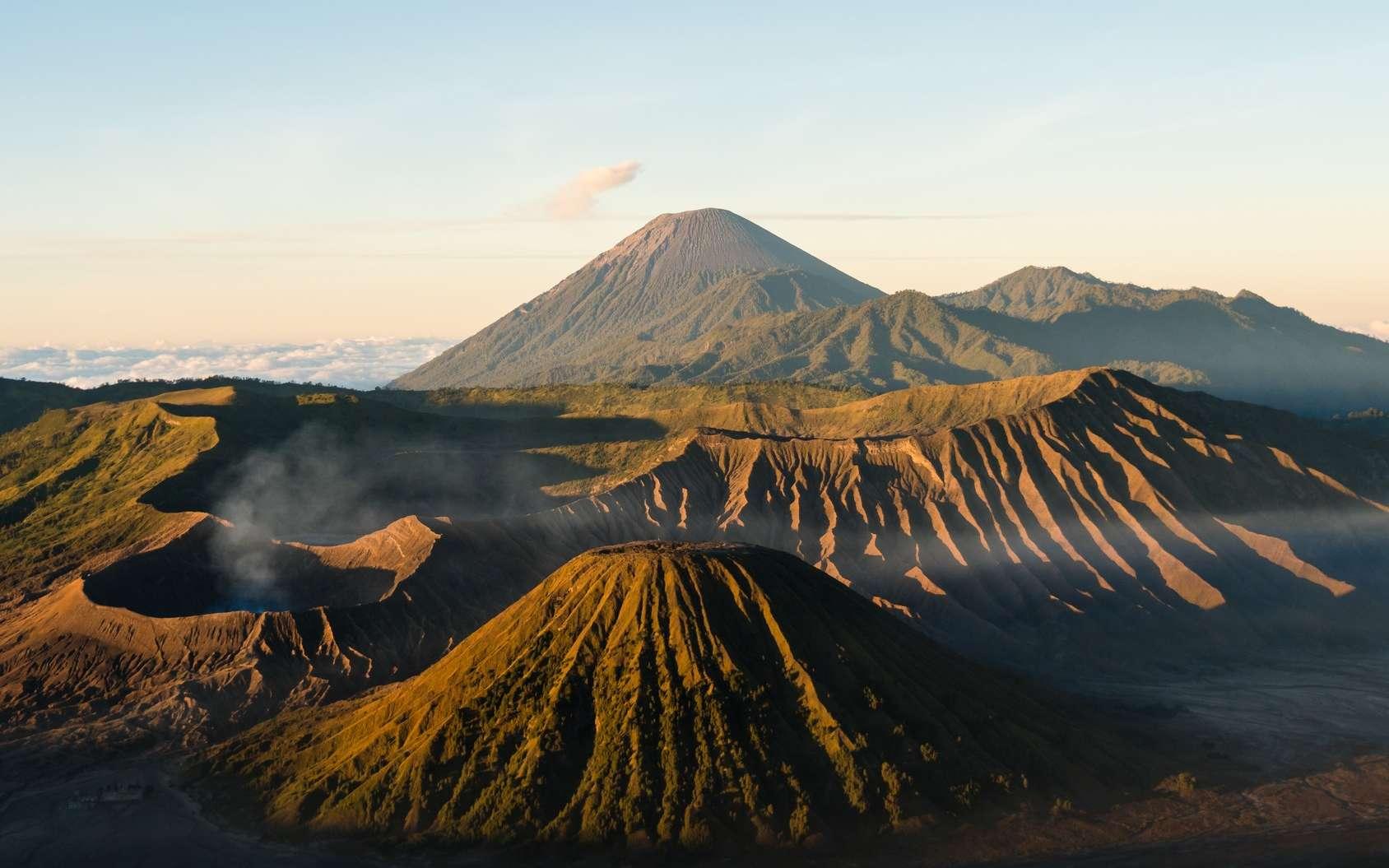 Les volcans ne sont pas répartis au hasard à la surface du globe. © Rami, Fotolia
