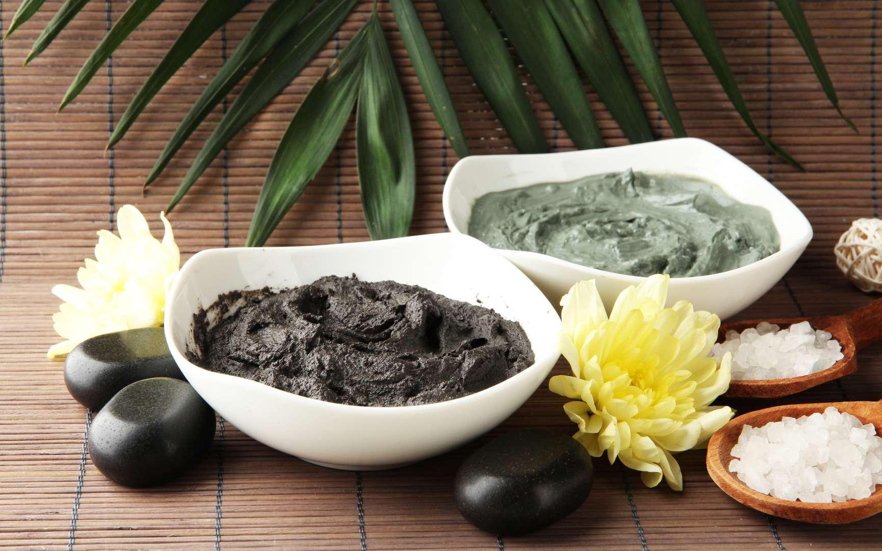 Le cataplasme à l'argile est un remède employé depuis l'Antiquité. © Africa Studio, Fotolia