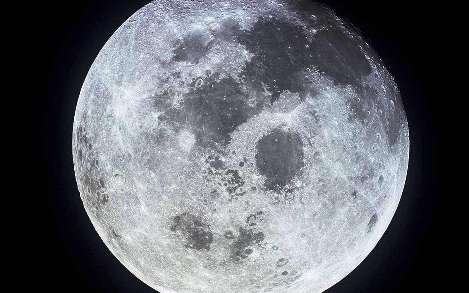 La lune photographiée depuis le vaisseau spatial Apollo 11. © Nasa