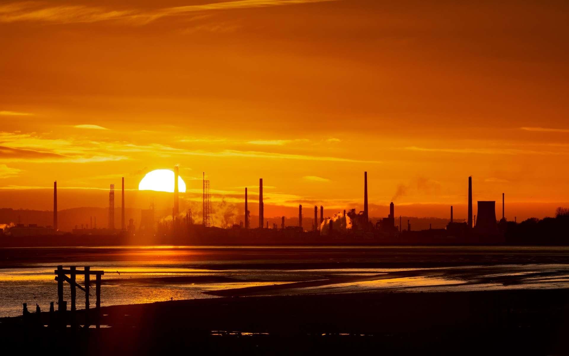La baisse des émissions de gaz à effet de serre due à la pandémie de Covid-19 aura un effet « négligeable » et la Planète va vers un réchauffement de 3 °C. © fstopphotography, Adobe Stock