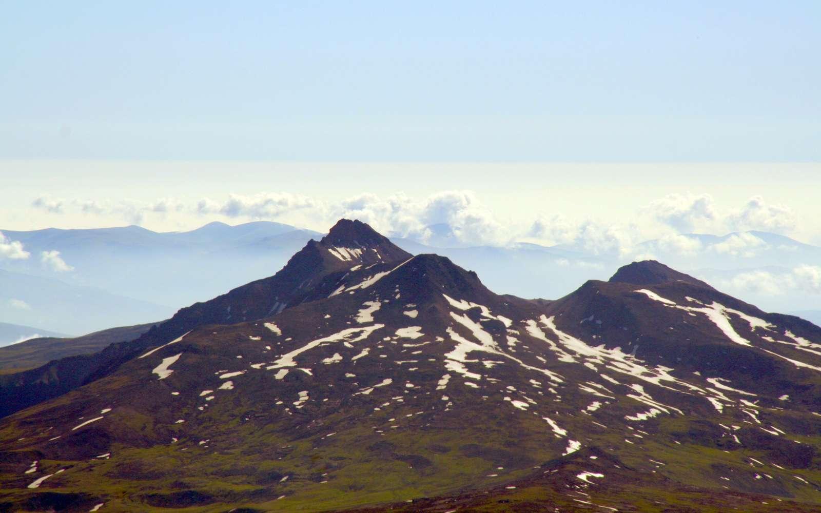Le mont Aragats, point culminant de l'Arménie. © Bouarf, CC by-sa 3.0