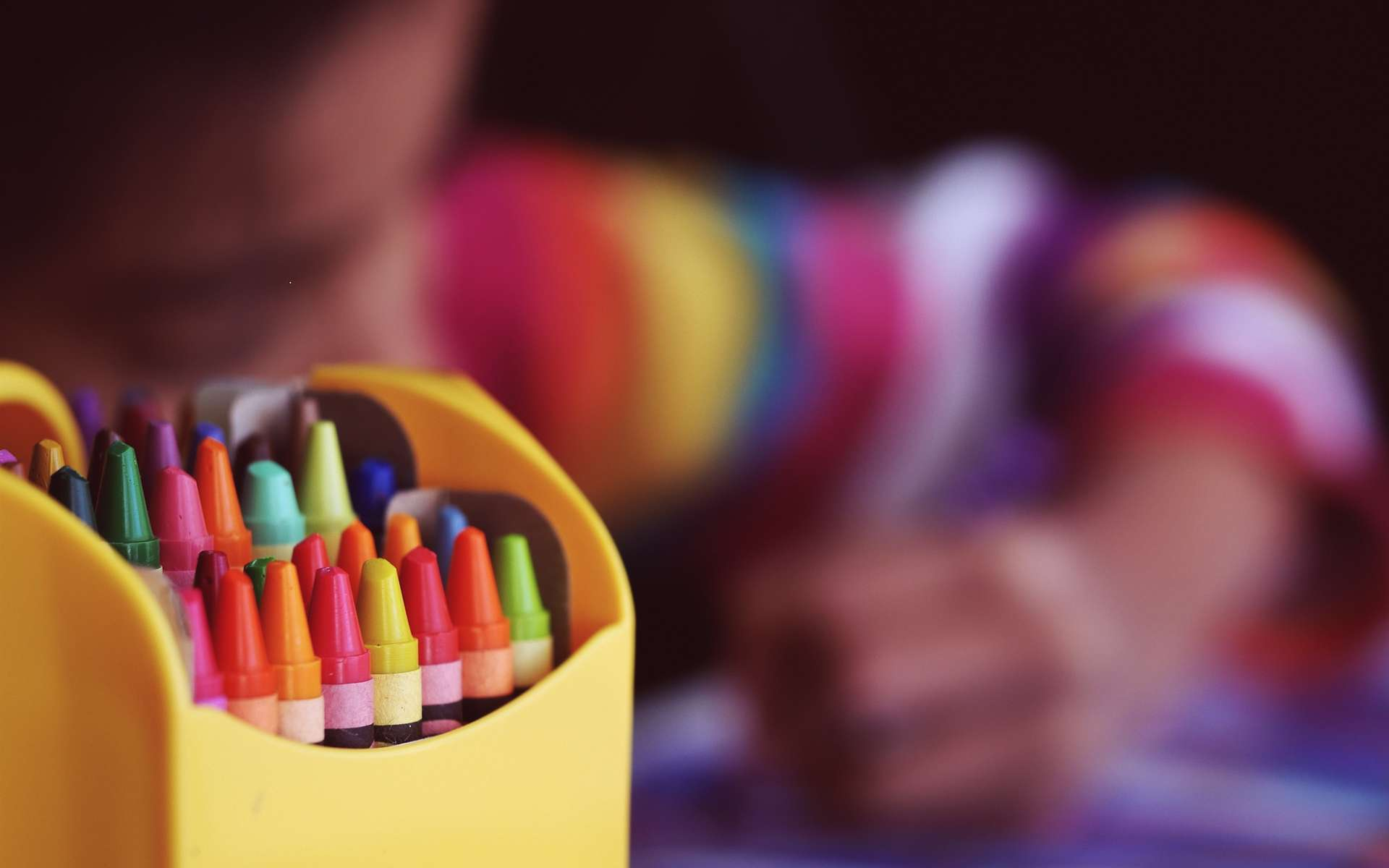 Bon plan rentrée : les meilleures offres pour préparer la rentrée scolaire chez Cdiscount © Aaron Burden, Unsplash