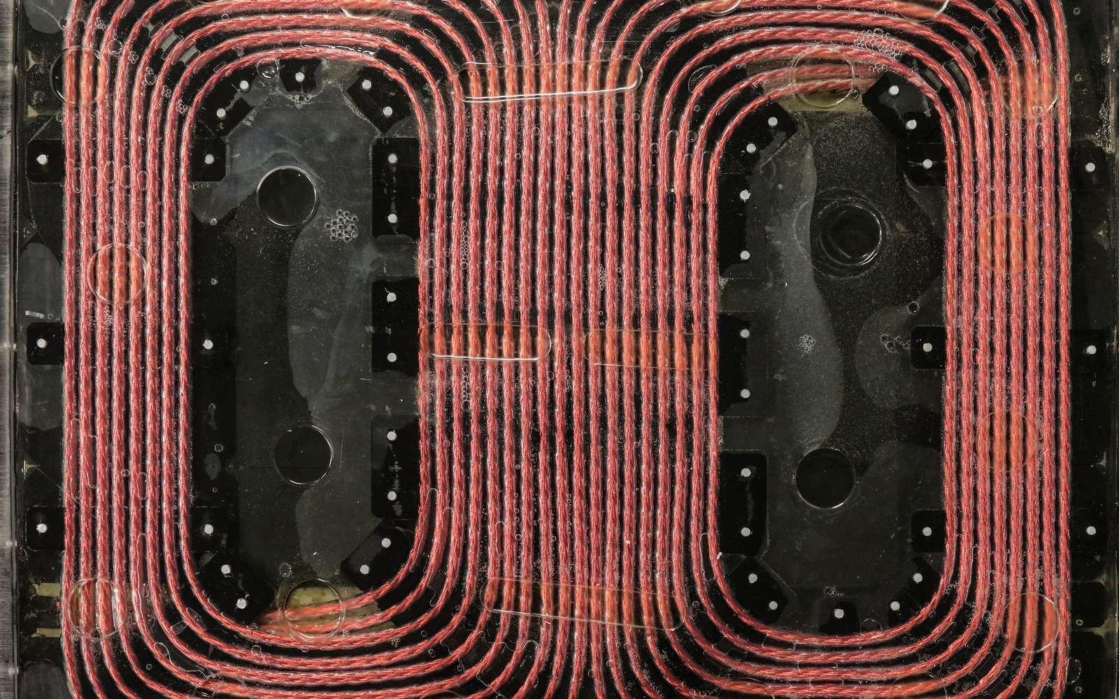 La bobine développée par l'Oak Ridge National Laboratory pour son dispositif de recharge sans fil. © Genevieve Martin, Oak Ridge National Laboratory, U.S. Dept. of Energy