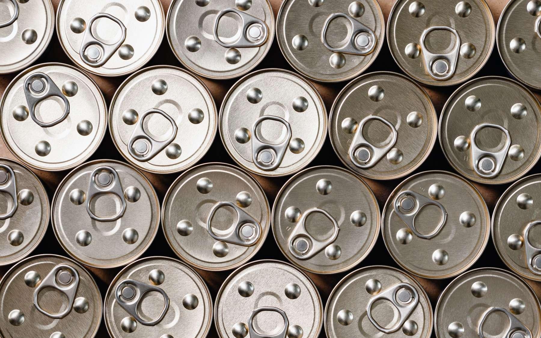 Science décalée : tous les virus SARS-CoV-2 du monde tiendraient dans une canette de Coca - Futura