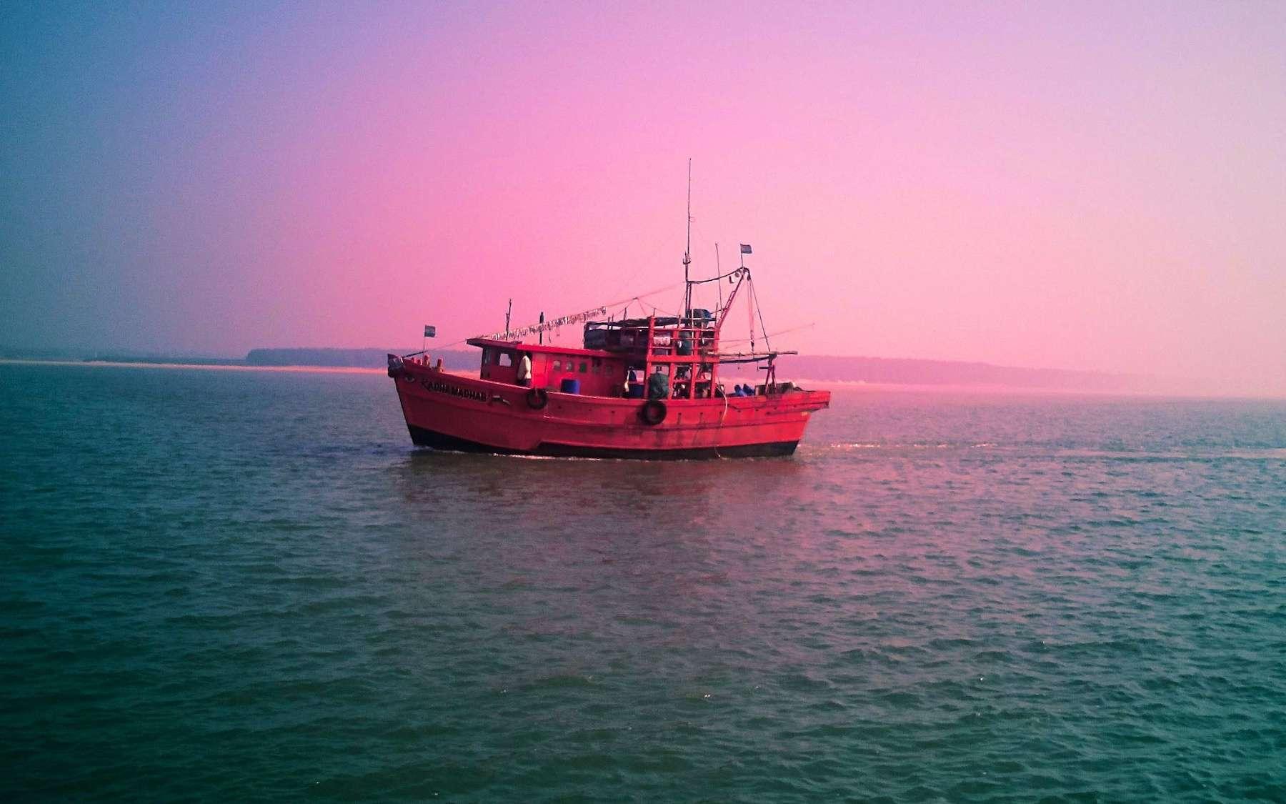 La pêche au chalut, une bombe à retardement pour le réchauffement climatique. © Anusree, Adobe Stock