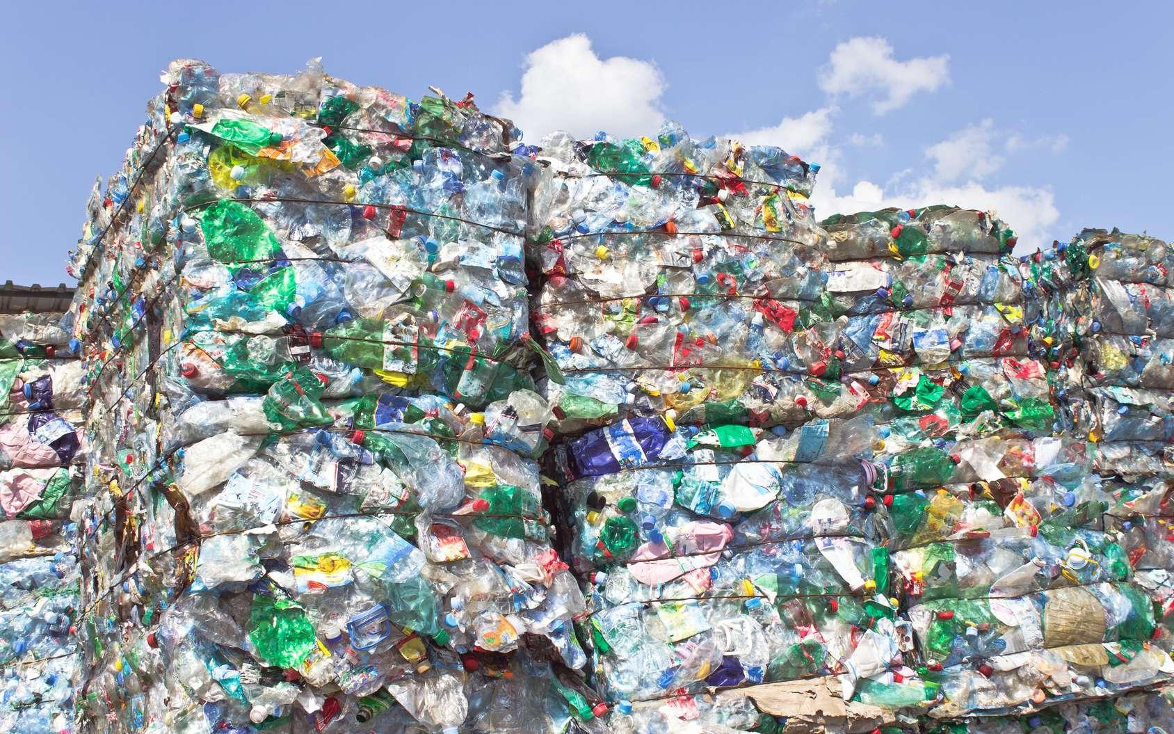 Le recyclage des déchets fait partie intégrante des étapes de fabrication du plastique. © gavran333, Fotolia