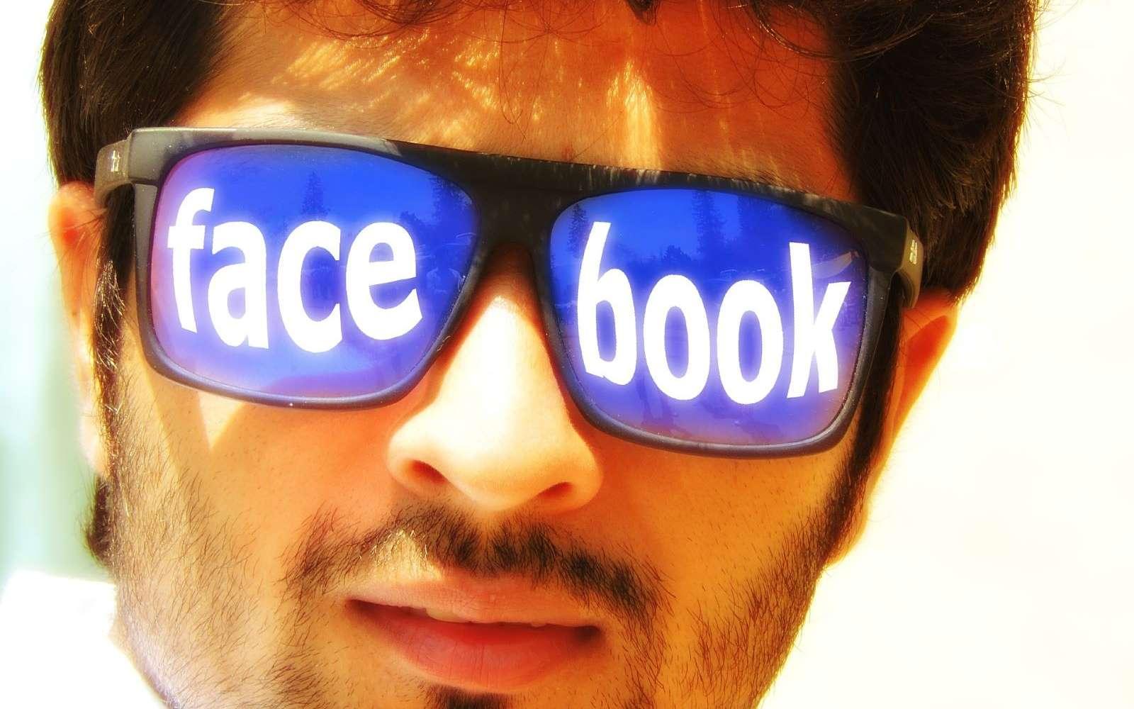 Dès 2017, Mark Zuckerberg avait évoqué l'arrivée de lunettes connectées © Geralt, Pixabay