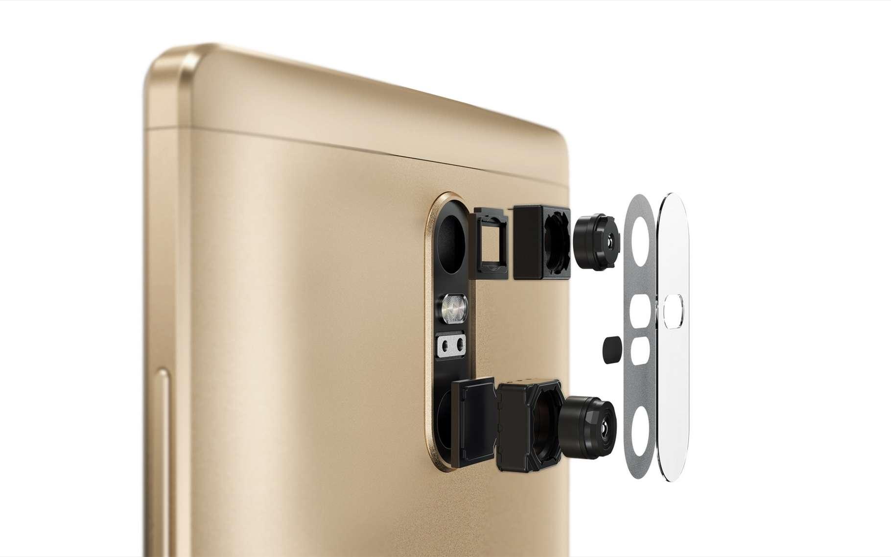 Le Phab Pro 2 de Lenovo incorpore deux caméras, dont une avec un grand angle ainsi qu'un capteur de profondeur et de mouvements. © Lenovo