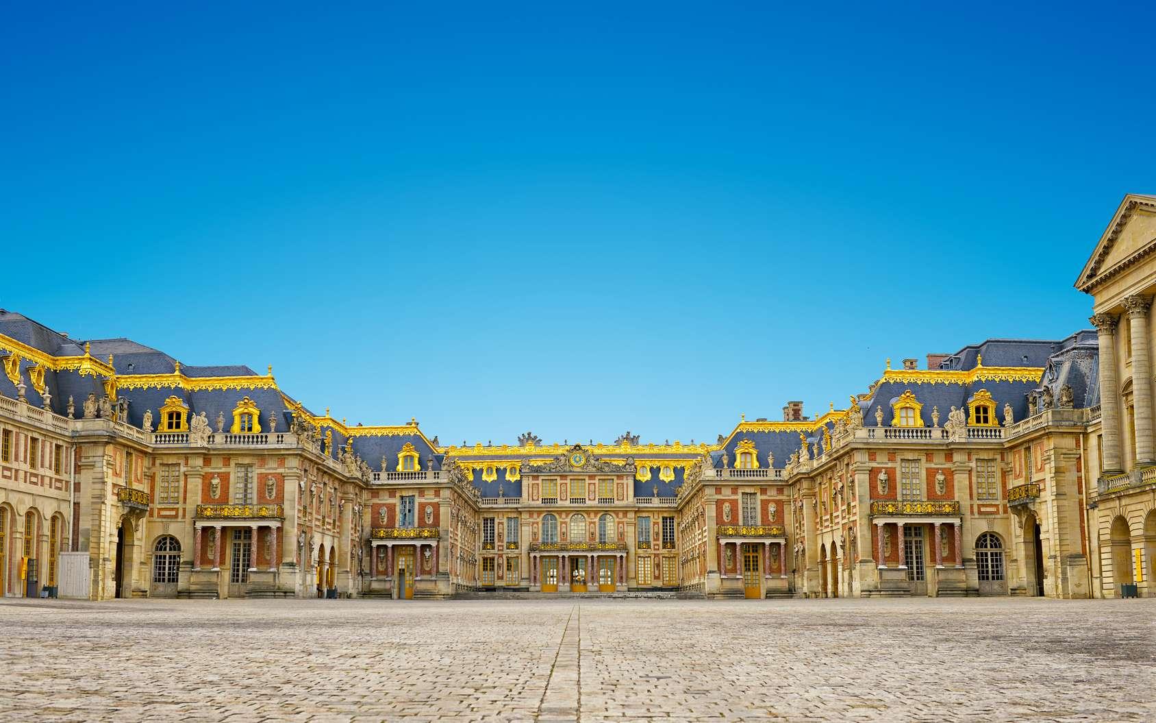 Le château de Versailles tel que nous le connaissons aujourd'hui a connu de nombreuses évolutions au fil des siècles. © Thomas Lenne, Fotolia