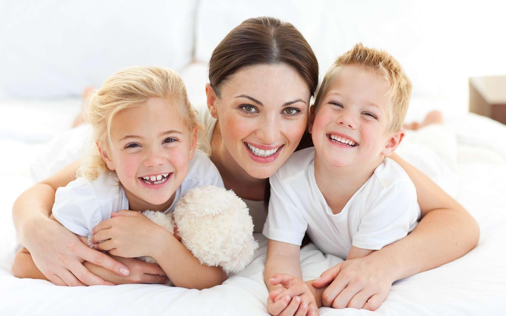 Plus une femme a d'enfants, plus ses télomères sont longs et plus son vieillissement cellulaire est ralenti. © wavebreakmedia, Shutterstock