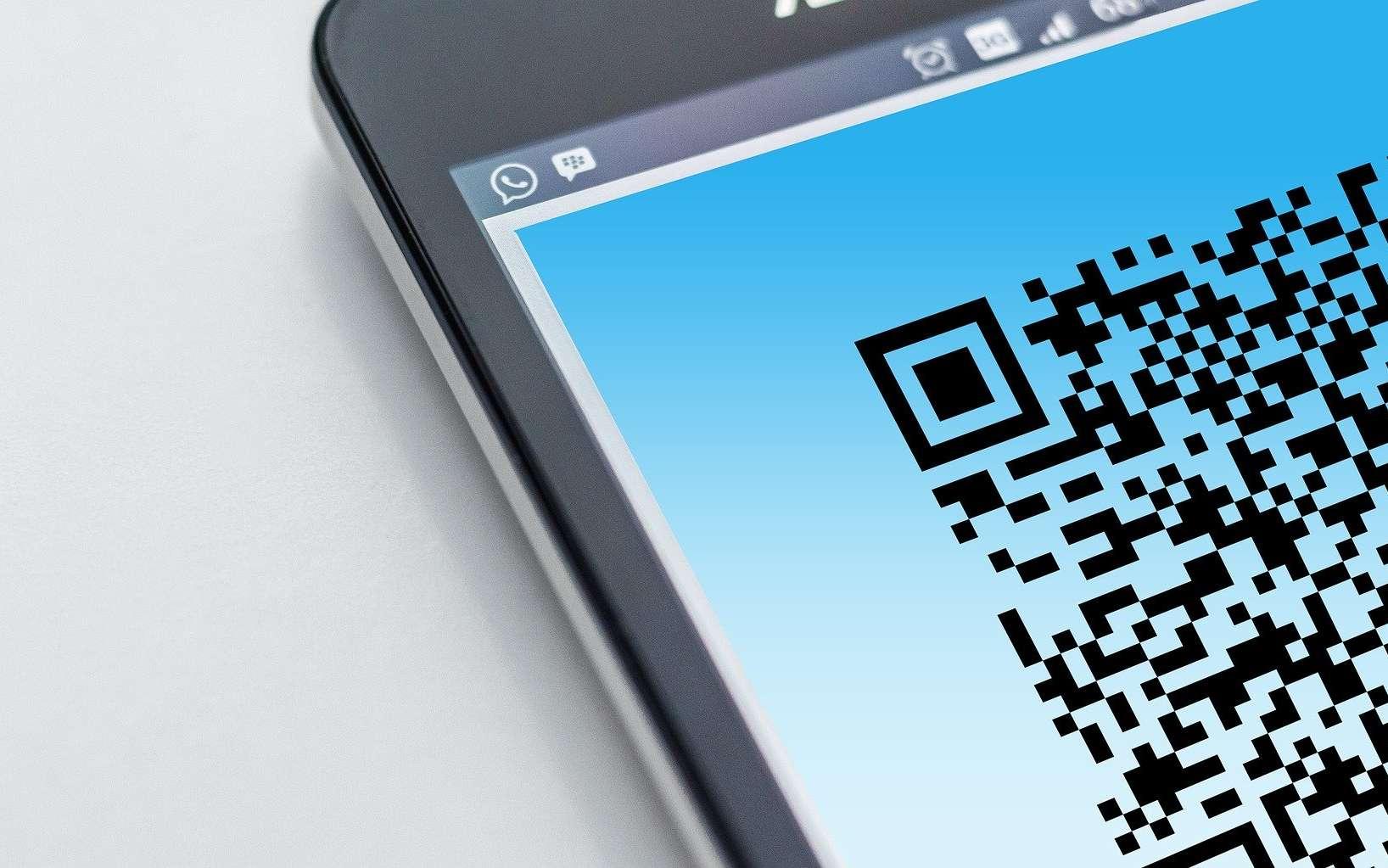 Un smartphone va permettre de créer un QR Code et d'afficher son attestation de dérogation de sortie en période de confinement. © Gerd Altmann, Pixabay
