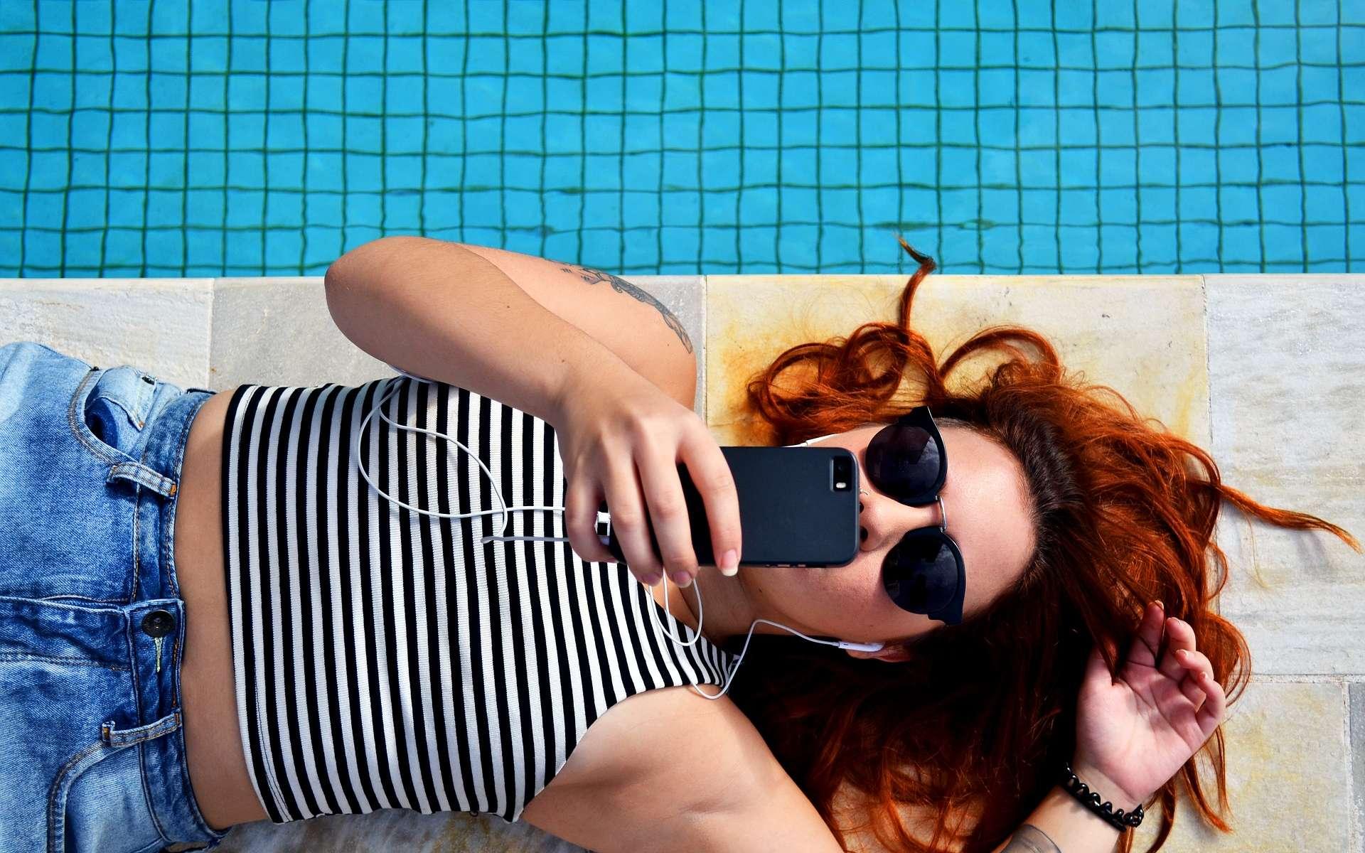 Le forfait 5 Go à seulement 5 euros par mois chez RED by SFR © Pexels, Pixabay