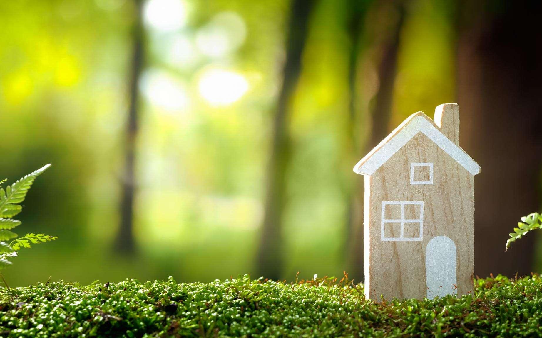 Le logement bioclimatique est conçu pour s'adapter et s'inscrire dans son environnement. © Lily, Adobe Stock