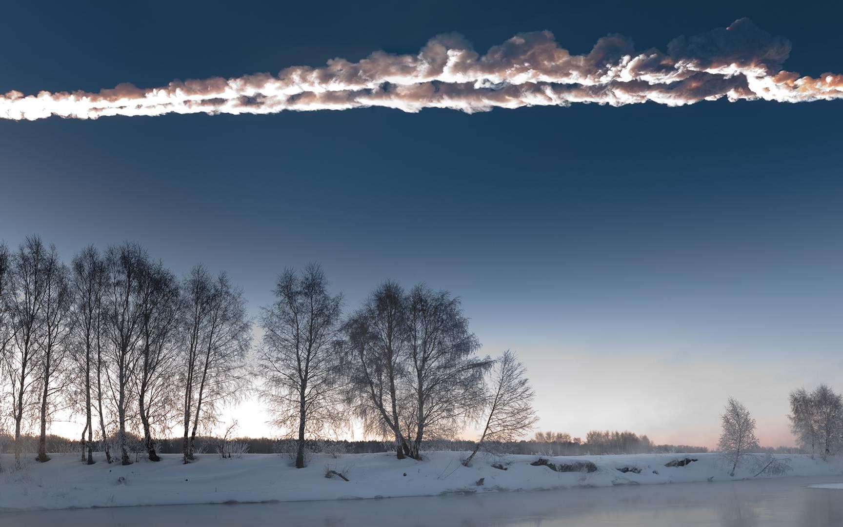La double traînée de la météorite de Tcheliabinsk a été photographiée alors qu'elle fendait le ciel de l'Oural, le matin du 15 février 2013. © M. Ahmetvaleev