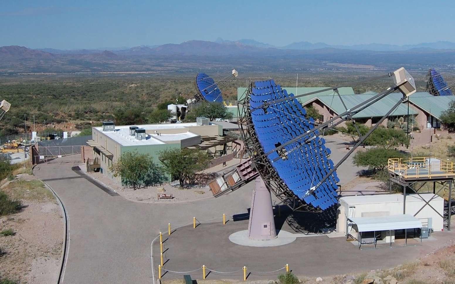 Une vue du réseau de télescopes de Veritas. © The Veritas Collaboration