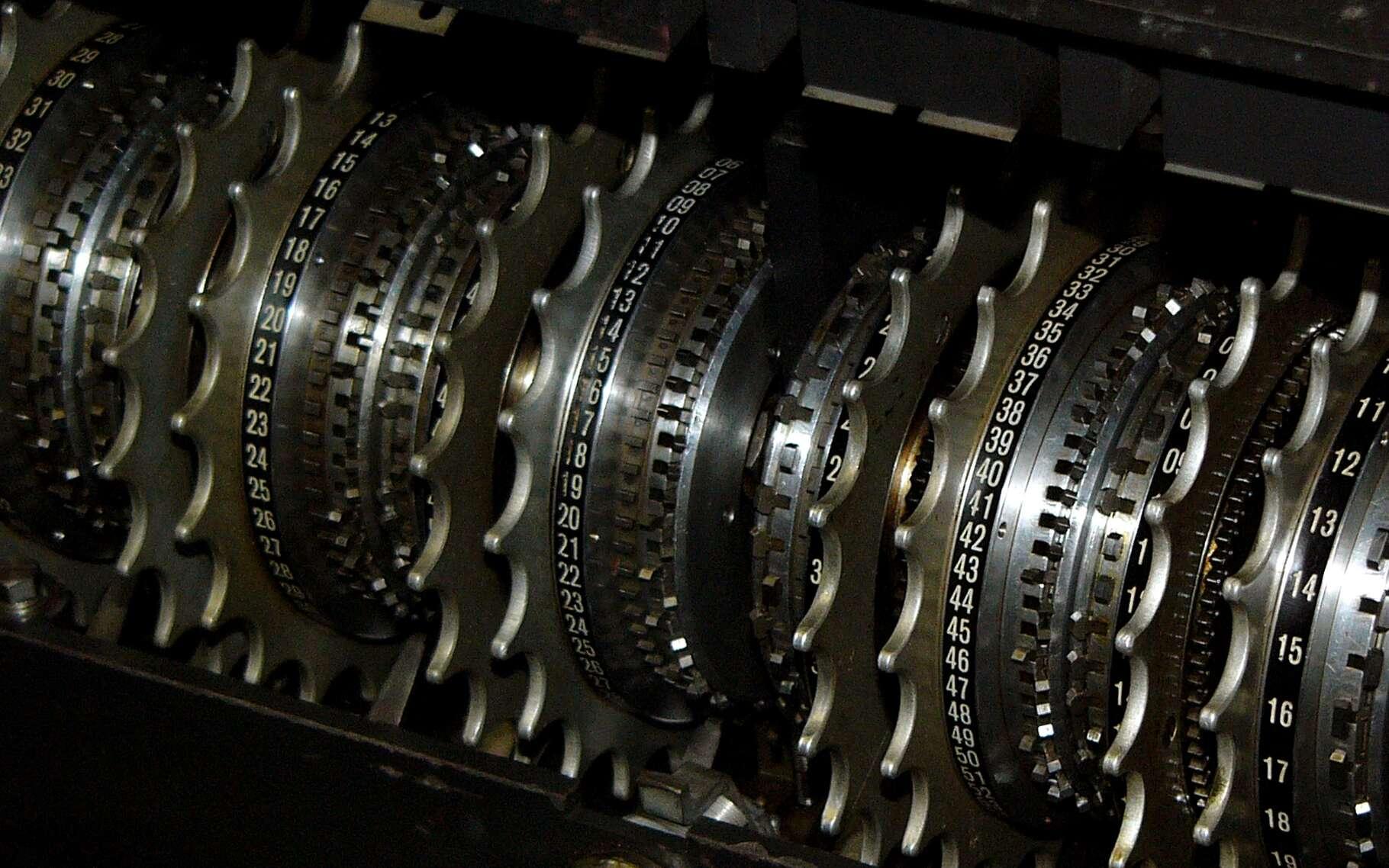 Crypter ses messages est un exercice pratiqué sans doute depuis l'invention de l'écriture. Les mathématiques, la mécanique et l'informatique aujourd'hui, sont convoquées pour imaginer de nouvelles méthodes. © DR