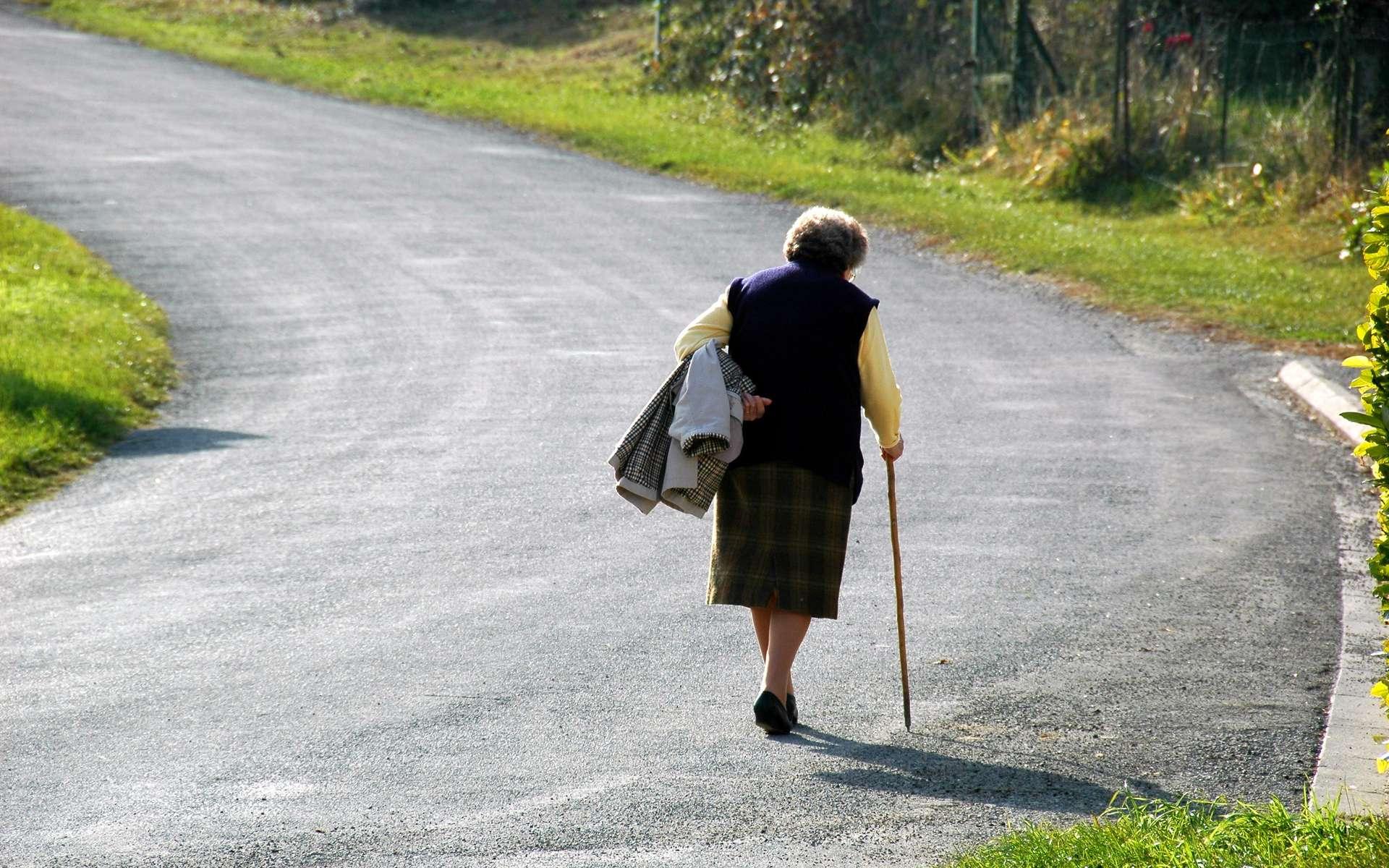 Le mal de dos est souvent dû à l'usure des disques intervertébraux avec l'âge. © Sekundo, Flickr, CC by-nc-nd 2.0