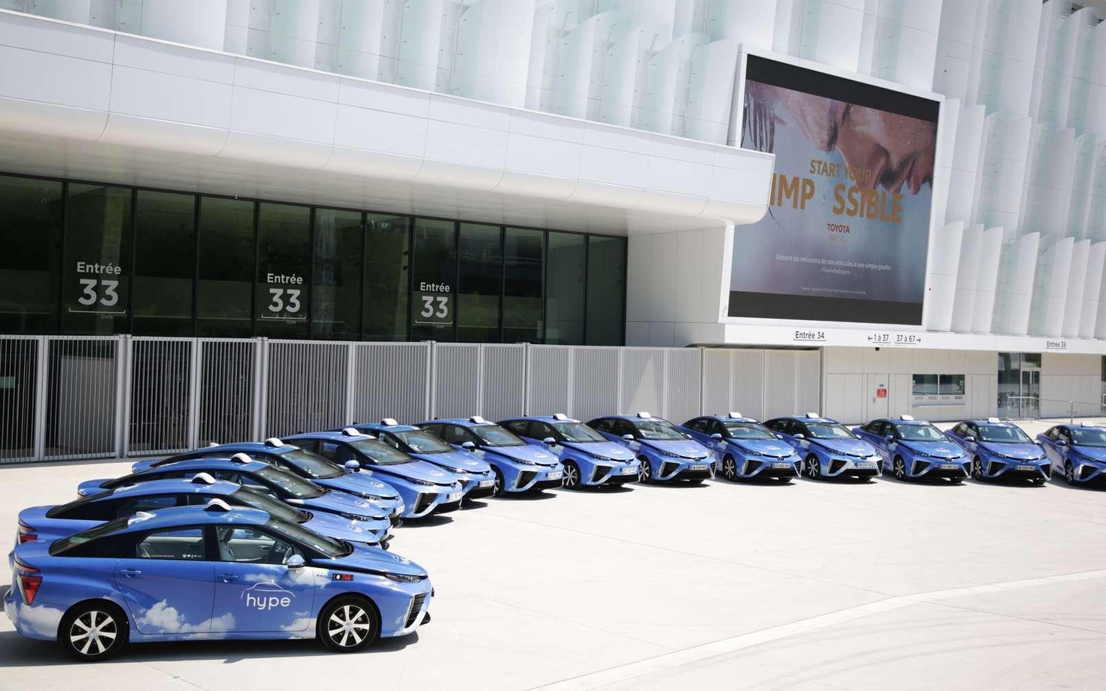 La flotte de taxis hydrogène de la compagne Hype. © Toyota