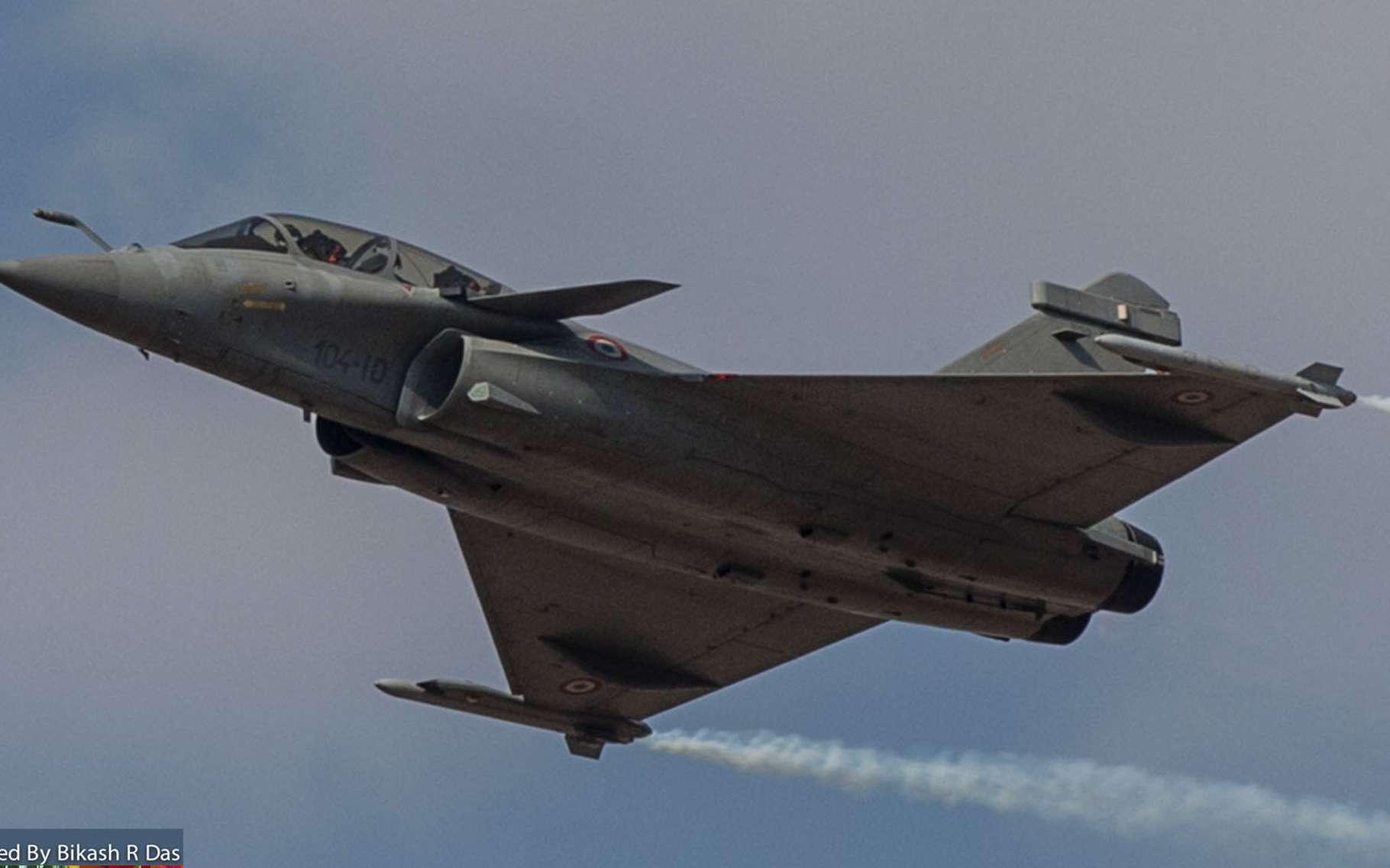Le Rafale comprend une aile delta avec des canards à couplage rapproché, cela garantit un large éventail de positions de centre de gravité pour toutes les conditions de vol. © Dassault Rafale, Bikash Das, Wikimedia commons, CC 2.0
